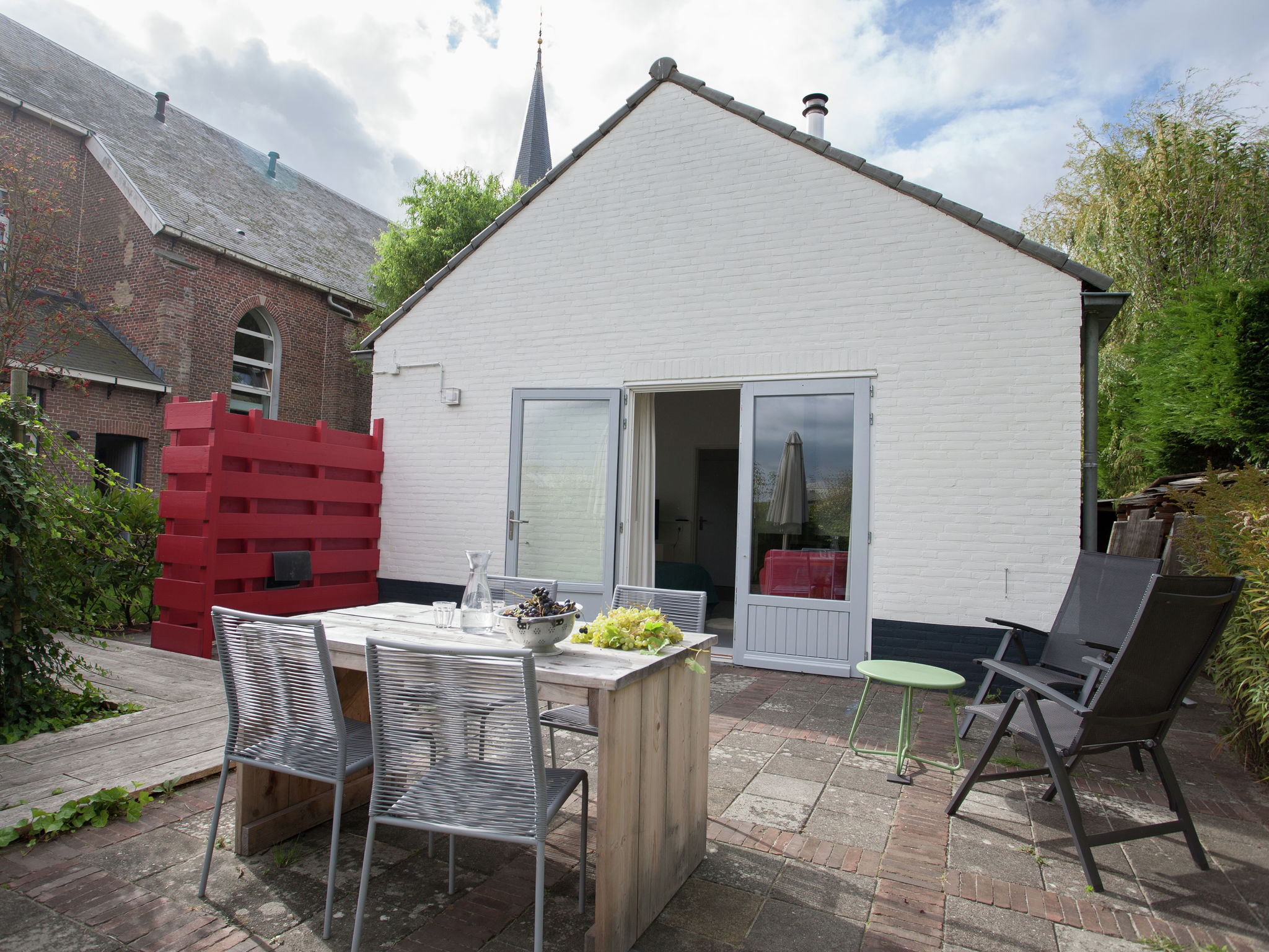 Holland | Zeeland | Holiday home 't Schuytvlotje | all year | GardenSummer