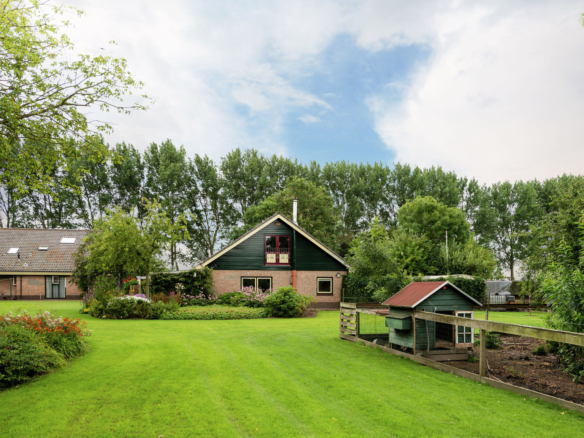 Holland | North Sea Coast North | Holiday home Landhuis Polderzicht | all year | ExteriorSummer