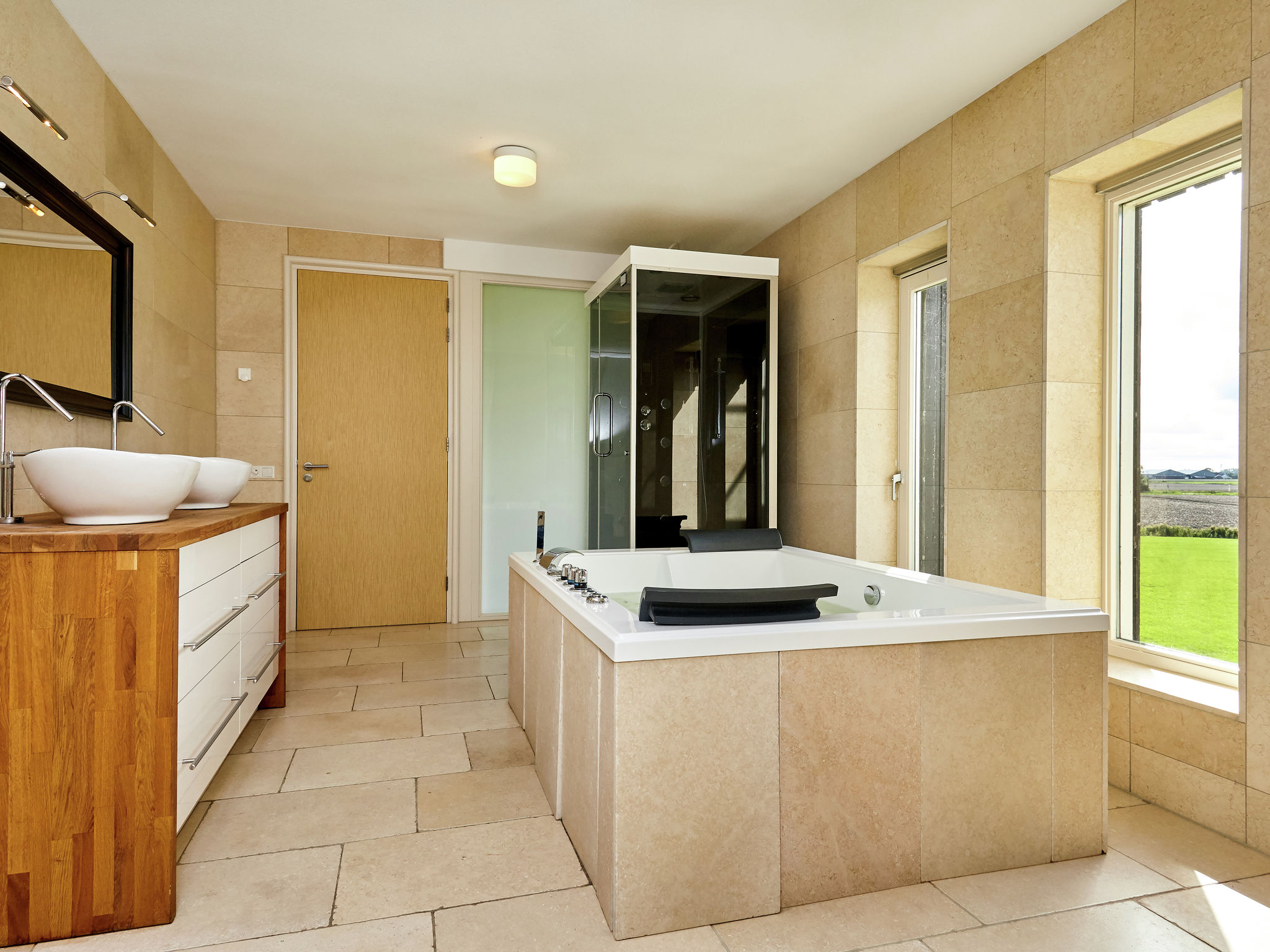 Holland | Friesland | Holiday home Landhuis Wad Anders | all year | BathRoom