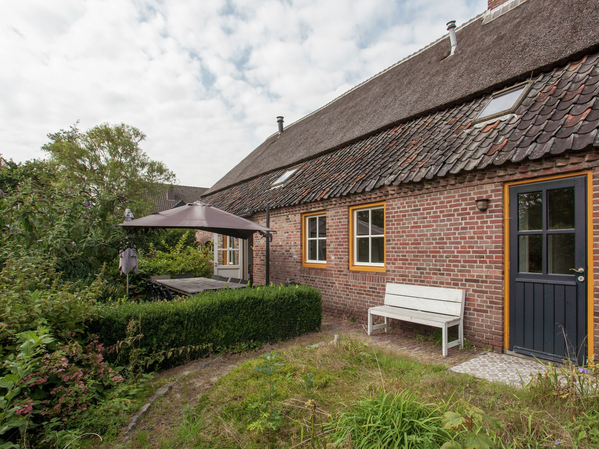 Holland | Noord-Brabant | Holiday home Brabantse Boerderij | all year | TerraceBalcony