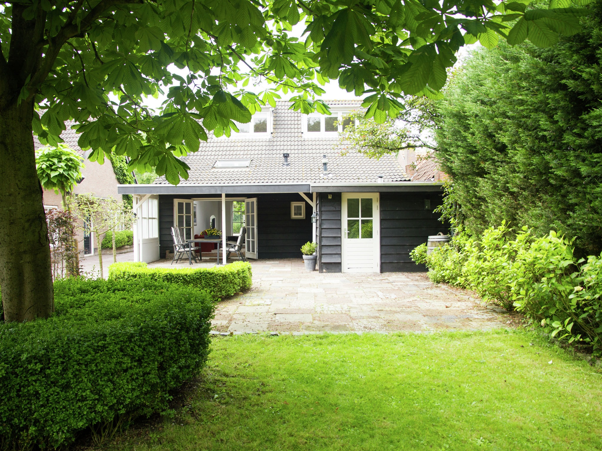 Holland | Zeeland | Holiday home Elzenhof | all year | ExteriorSummer