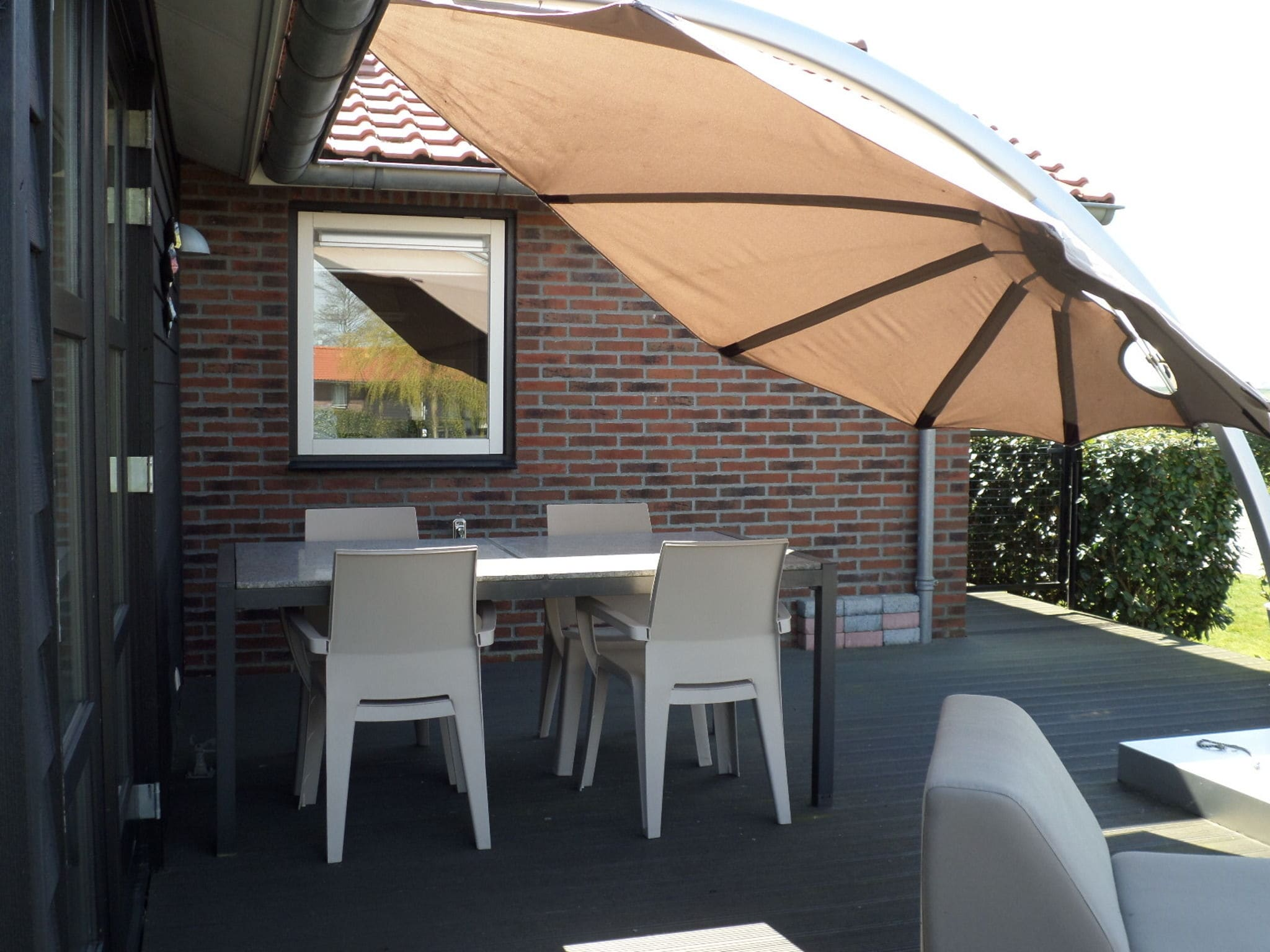 Holland | Zeeland | Holiday home Oosterschelde in Zicht | all year | TerraceBalcony