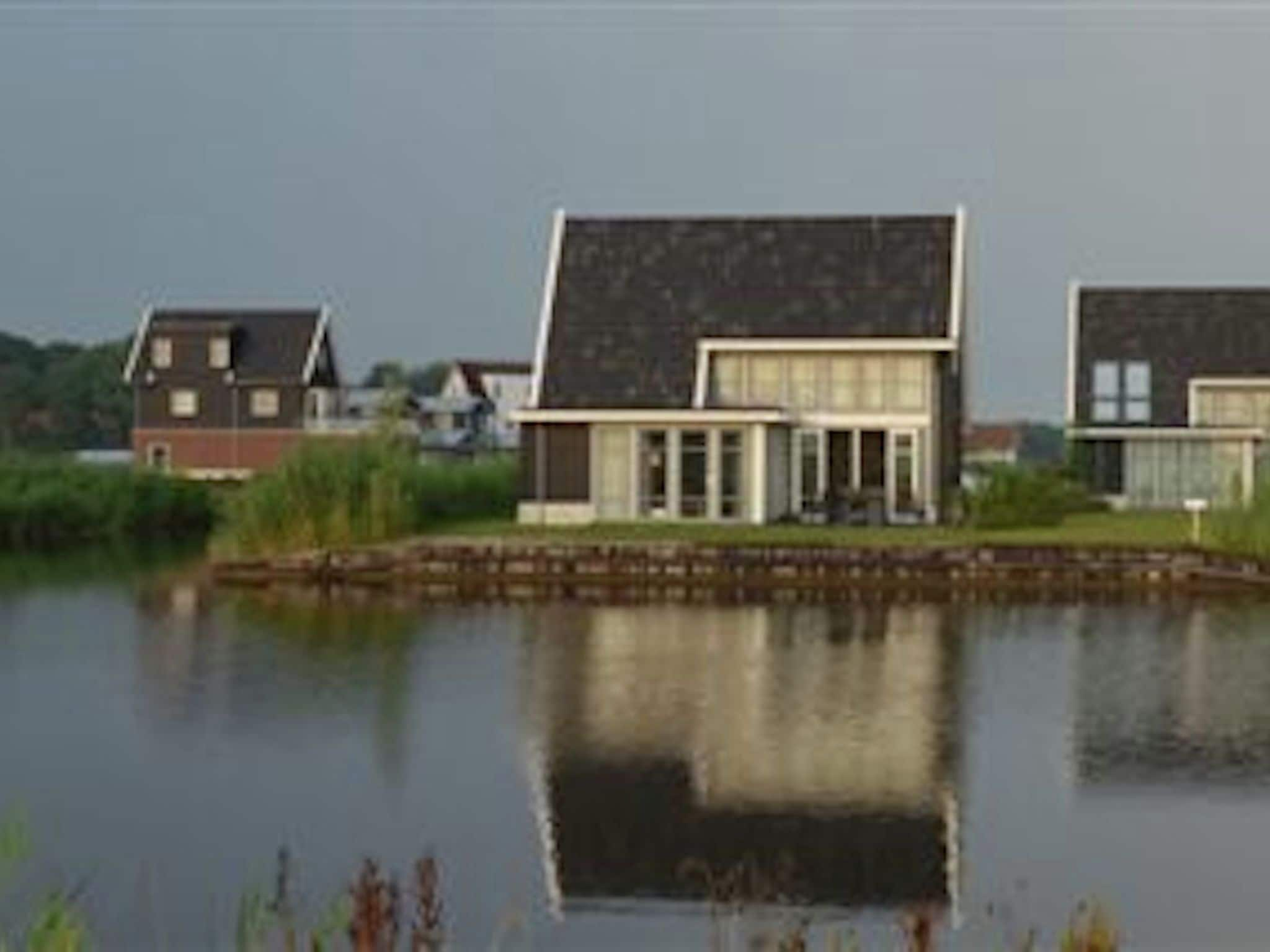Holland | Overijssel | Holiday home Waterresort Bodelaeke - 't Rieten Schiphuis | all year | AreaSummer1KM