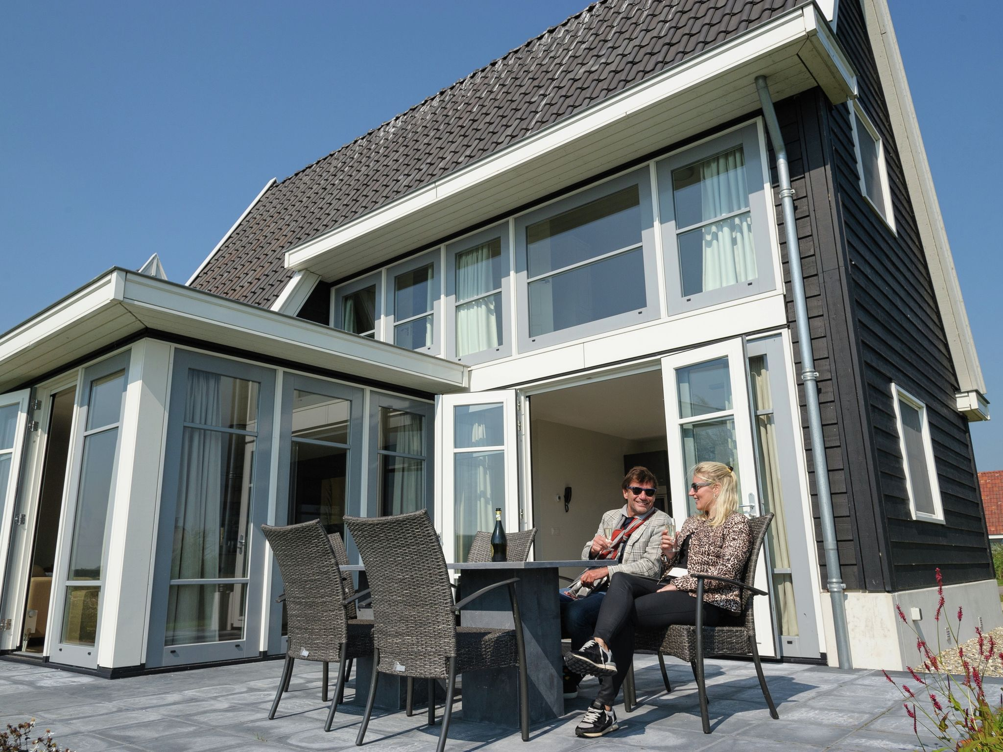 Holland | Overijssel | Holiday home Waterresort Bodelaeke - Ruimte aan 't Water | all year | TerraceBalcony