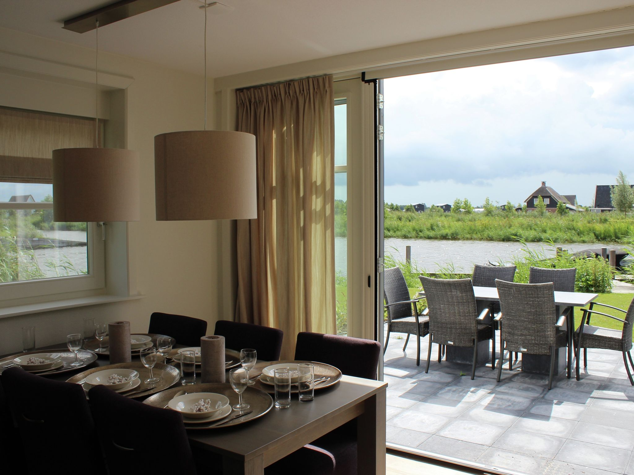 Holland | Overijssel | Holiday home Waterresort Bodelaeke - Ruimte aan 't Water | all year | LivingRoom