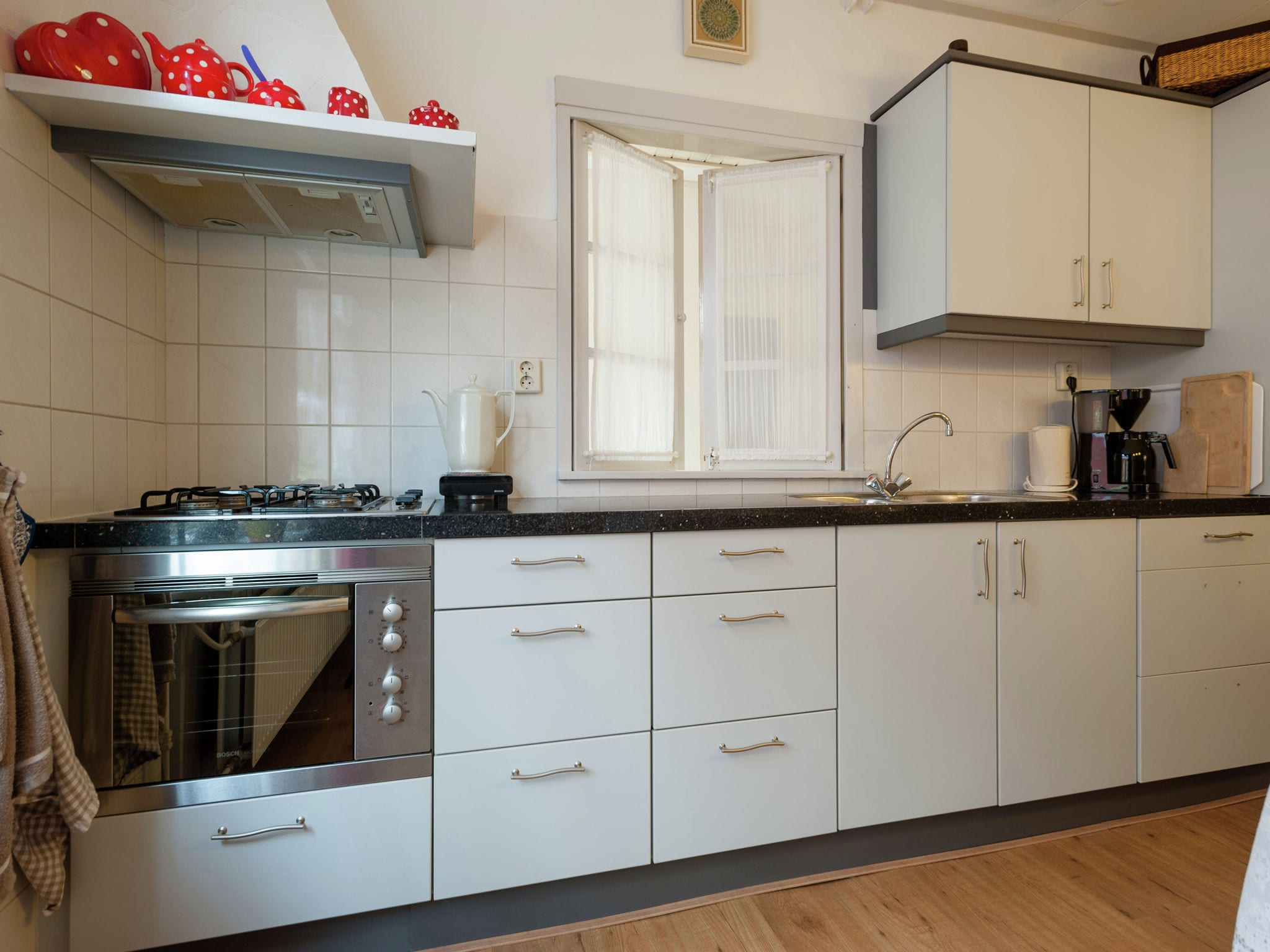 Holland | North Sea Coast North | Holiday home Valhalla | all year | Kitchen