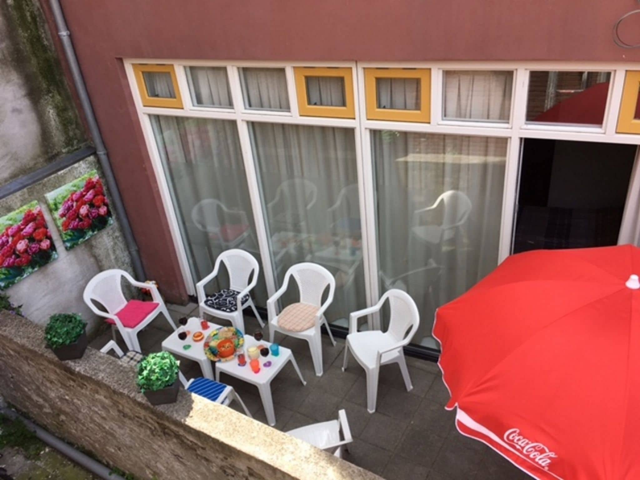 Holland | Zeeland | Holiday home Huize Brandenburg | all year | TerraceBalcony