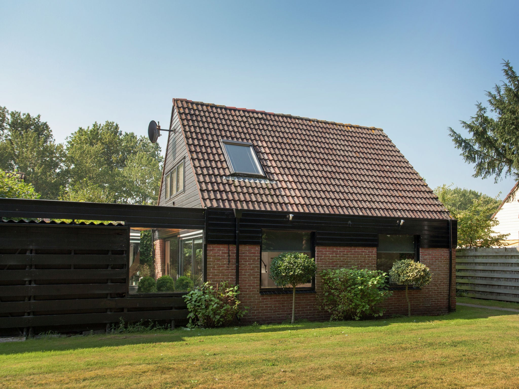Holland | North Sea Coast South | Holiday home Noordster | all year | ExteriorSummer