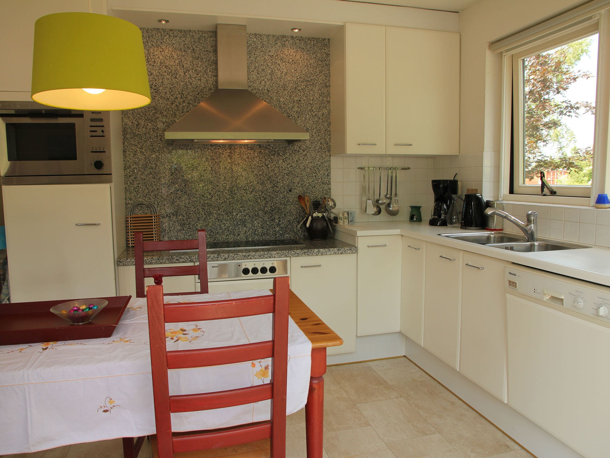 Holland | North Sea Coast North | Holiday home Groot Framboos | all year | Kitchen