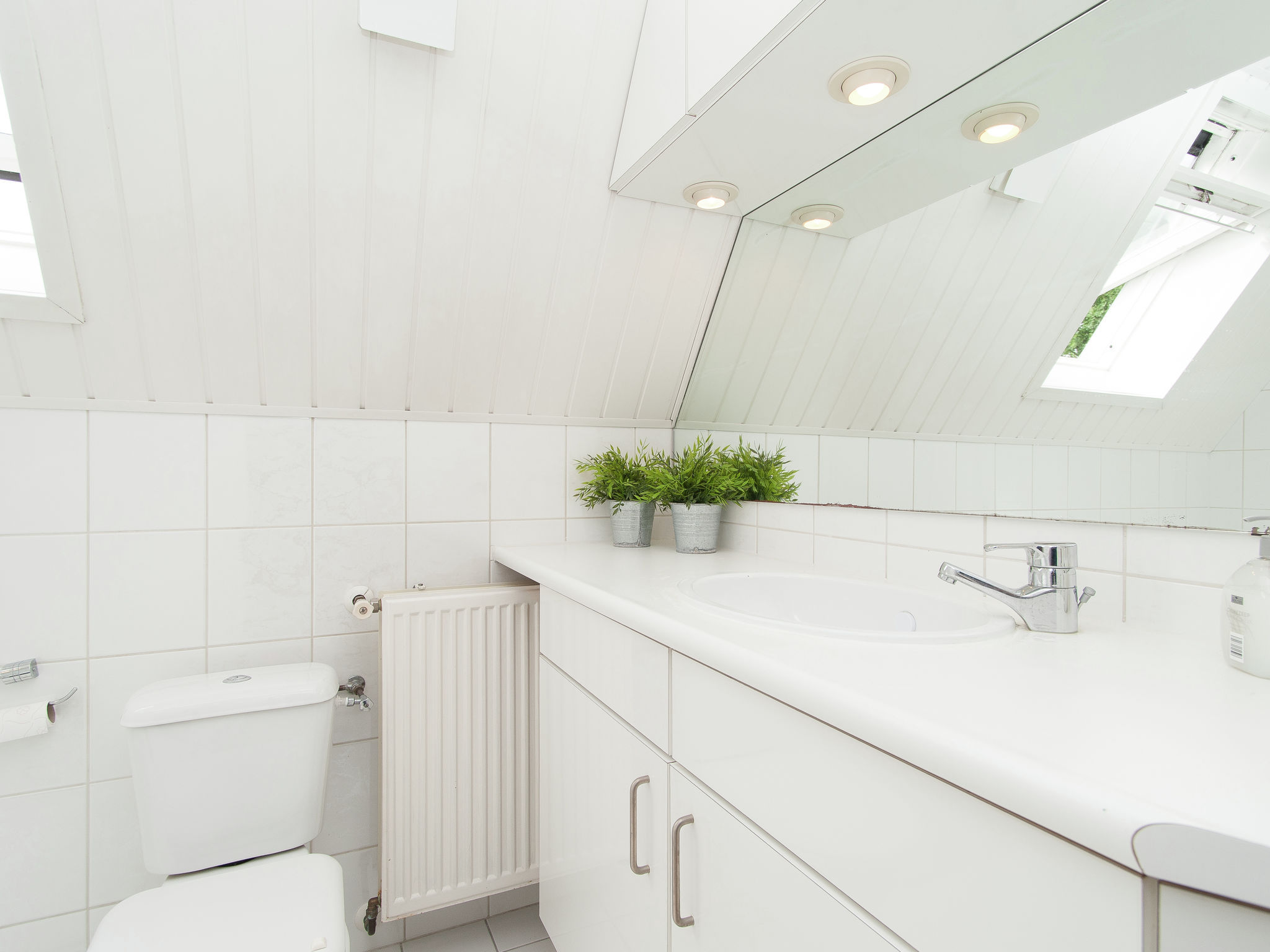 Holland | North Sea Coast North | Holiday home Duizend Eilanden | Holidays | BathRoom