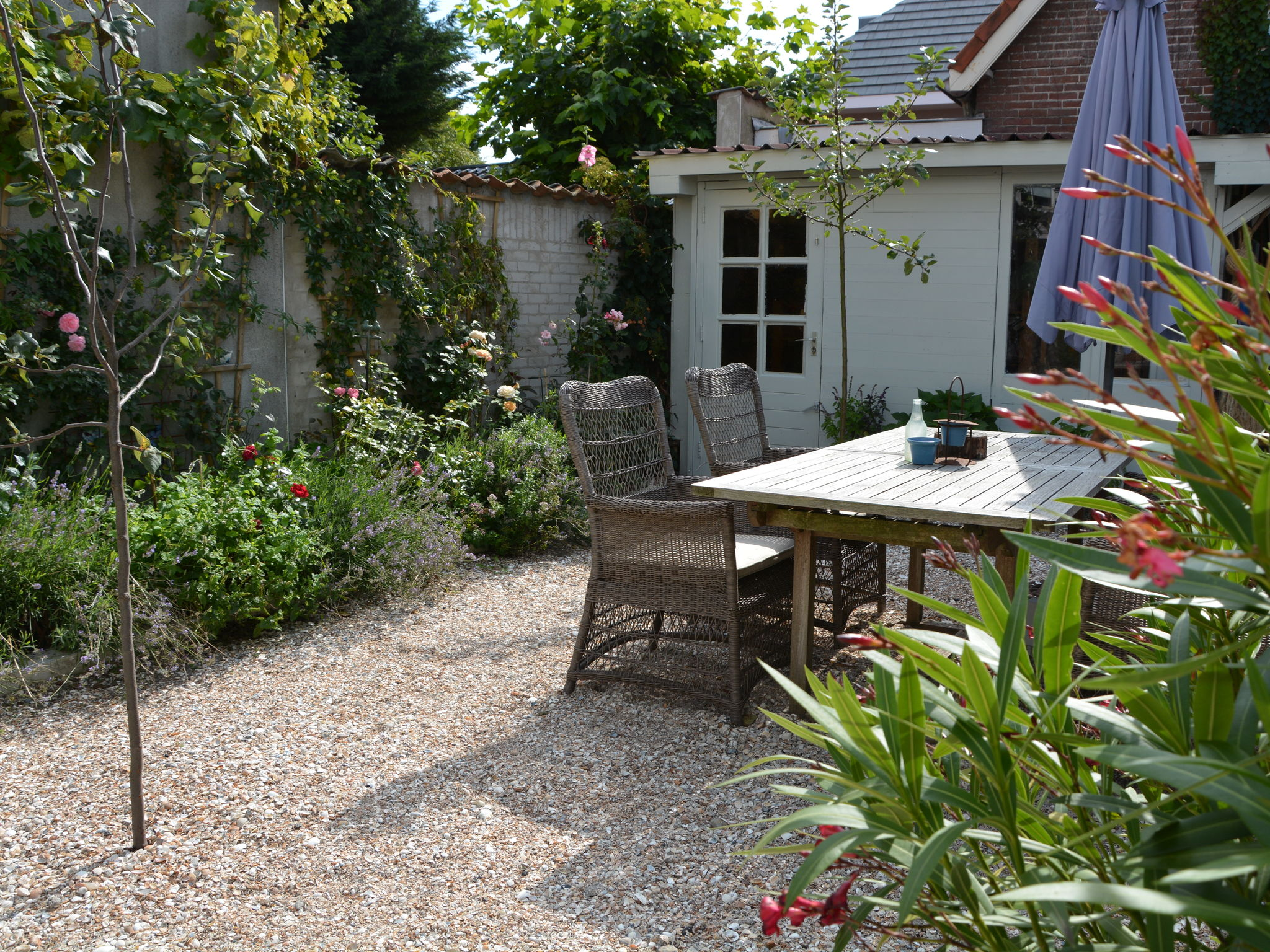 Holland | North Sea Coast South | Holiday home De Touwslager | all year | GardenSummer
