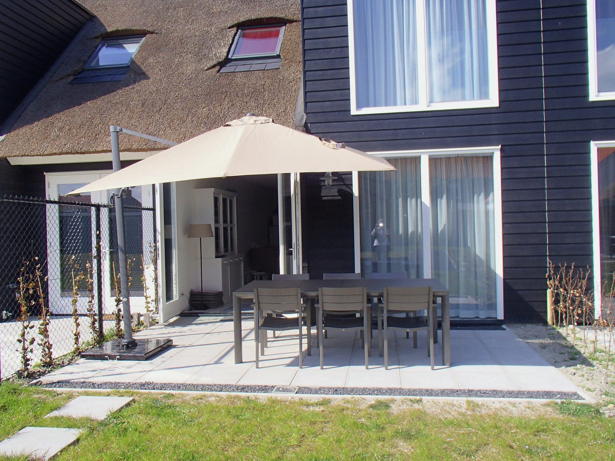 Holland | Zeeland | Holiday home Zeereis van Verlangen | all year | TerraceBalcony