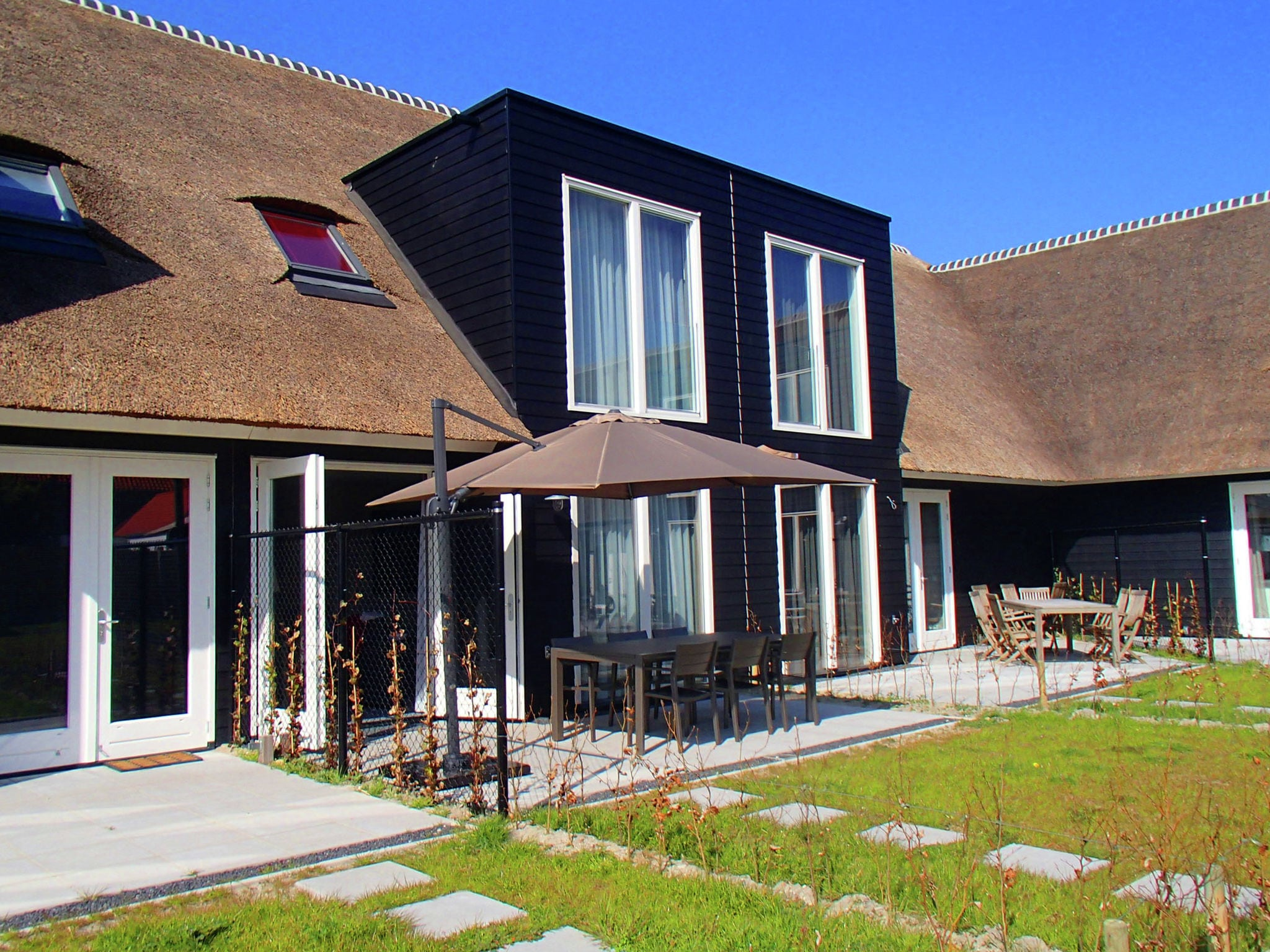 Holland | Zeeland | Holiday home Zeereis van Verlangen | all year | GardenSummer