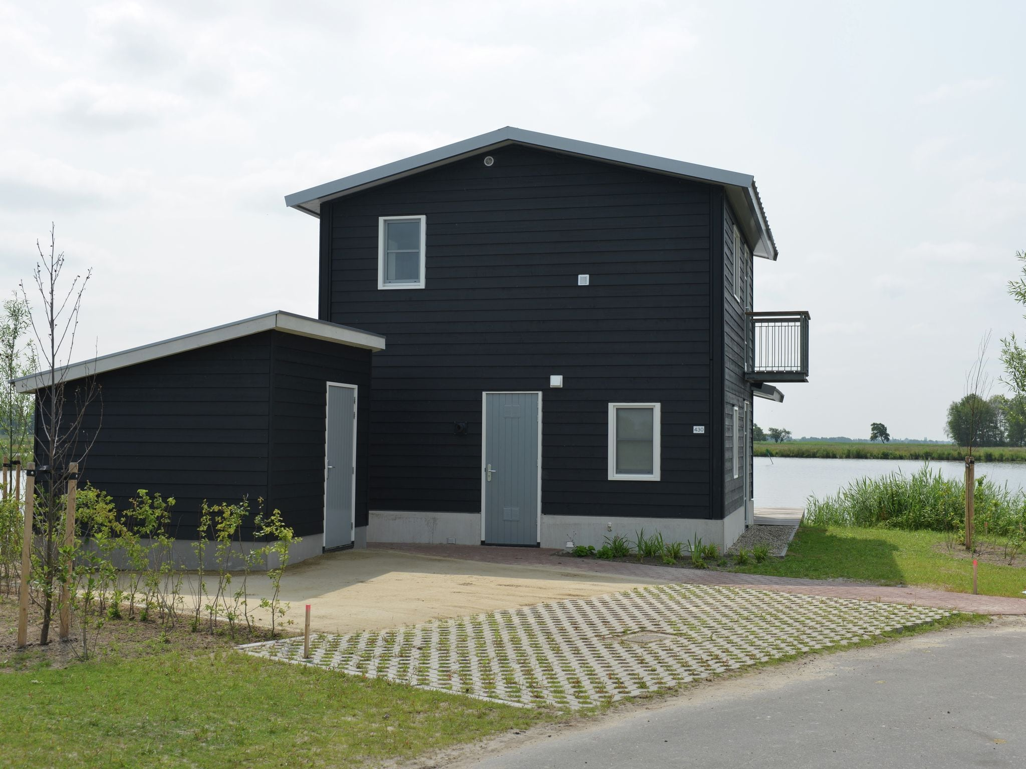 Holland | Overijssel | Holiday home Waterresort Bodelaeke - In 't Riet 4p | all year | GardenSummer