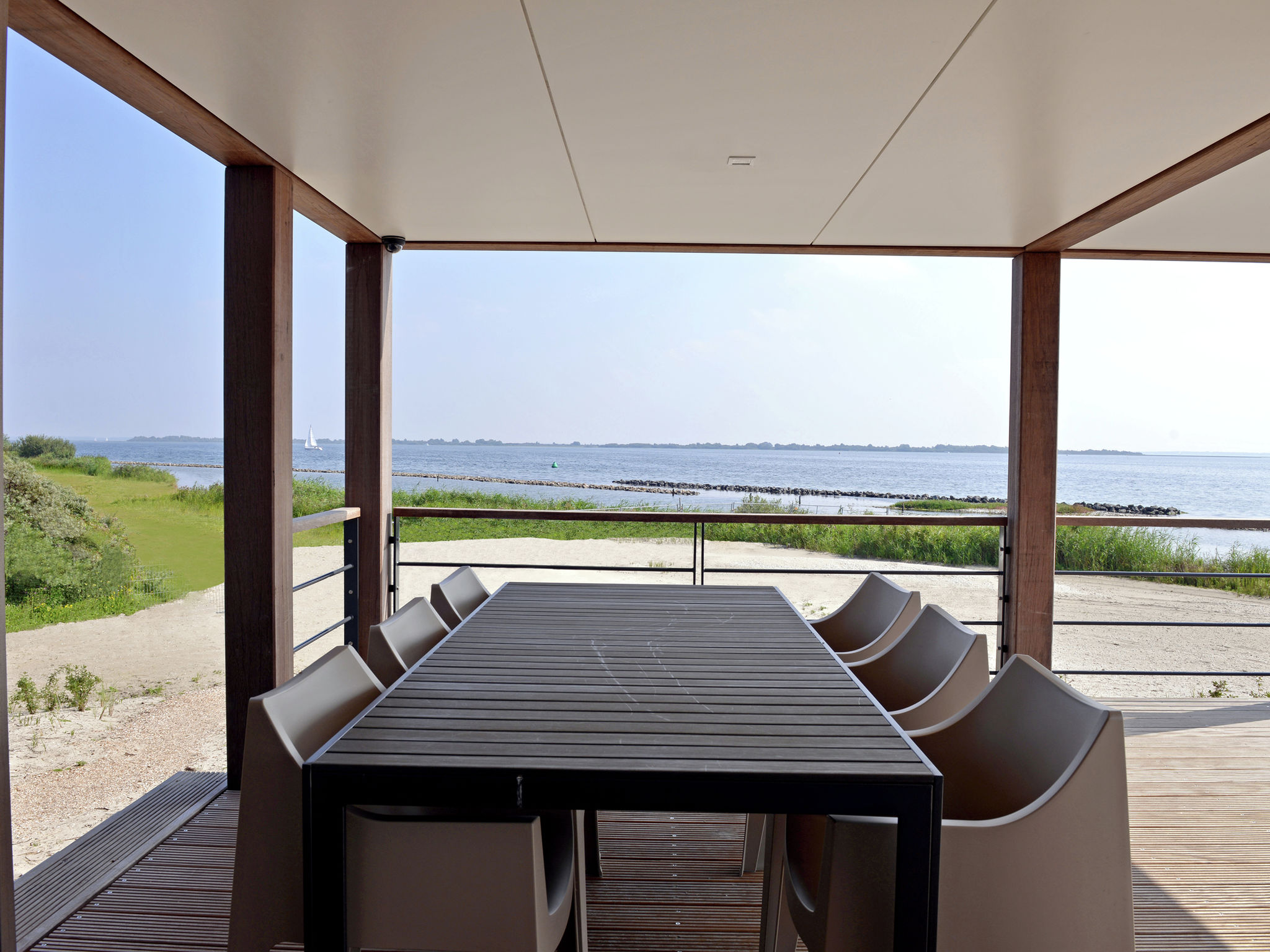 Holland | North Sea Coast South | Holiday home Punt-West Hotel & Beachresort - Vistamare Villa Co | all year | TerraceBalcony
