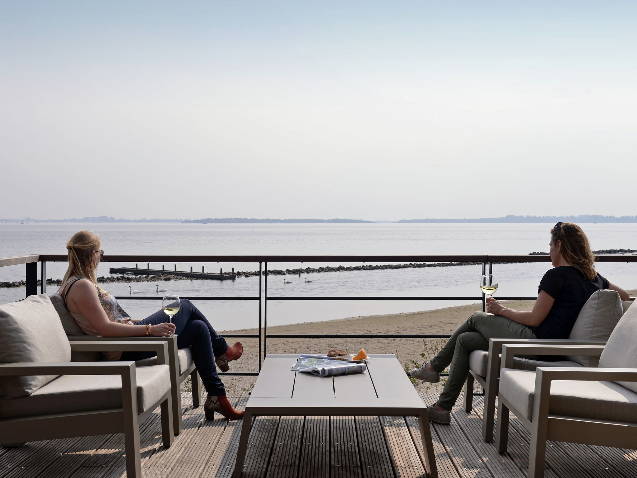 Holland | North Sea Coast South | Holiday home Punt-West Hotel & Beachresort | all year | TerraceBalcony