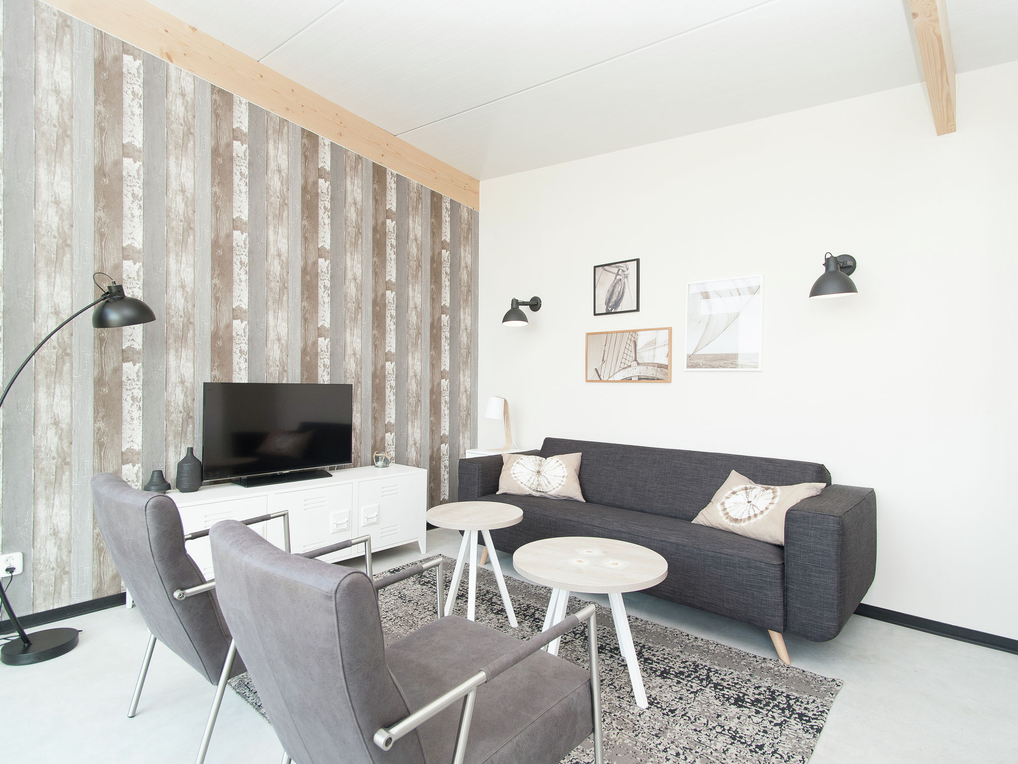 Holland | North Sea Coast North | Holiday home Sea Lodge Deluxe met de hond | all year | LivingRoom