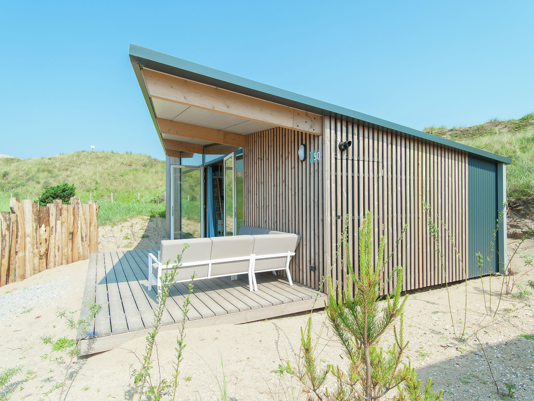 Holland | North Sea Coast North | Holiday home Sea Lodge Family met de hond | all year | ExteriorSummer