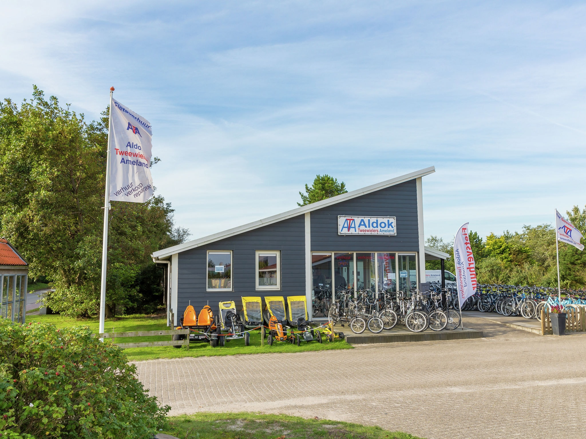 Holland | Wad Islands | Holiday home Boomhiemke - Duinlodge | all year | ParkFacilities