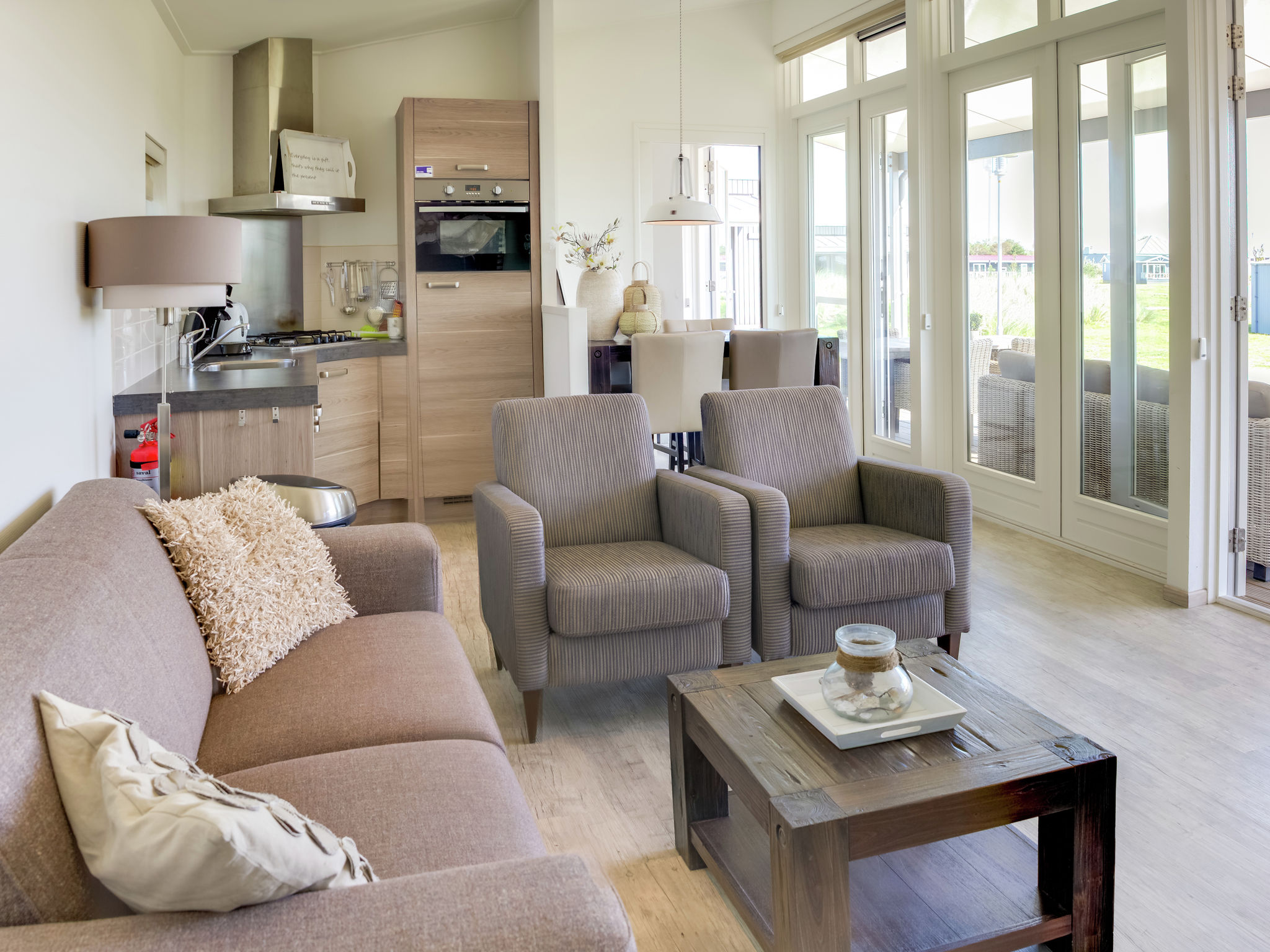 Holland | Wad Islands | Holiday home Boomhiemke - Duinlodge | all year | LivingRoom