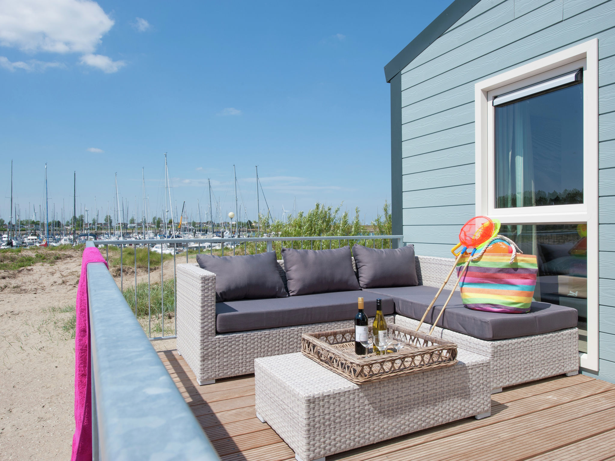 Holland | Zeeland | Holiday home Vakantiepark Beach Resort - Beach House 6-pers | all year | TerraceBalcony
