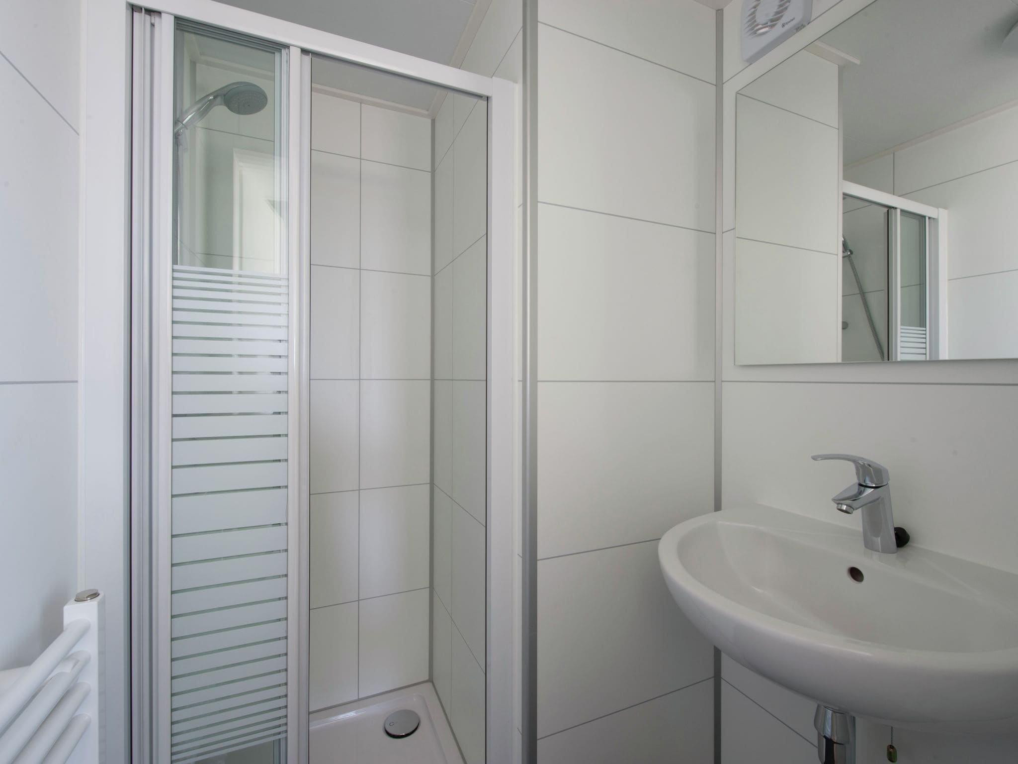 Holland | Zeeland | Holiday home Vakantiepark Beach Resort - Beach House 6-pers | all year | BathRoom