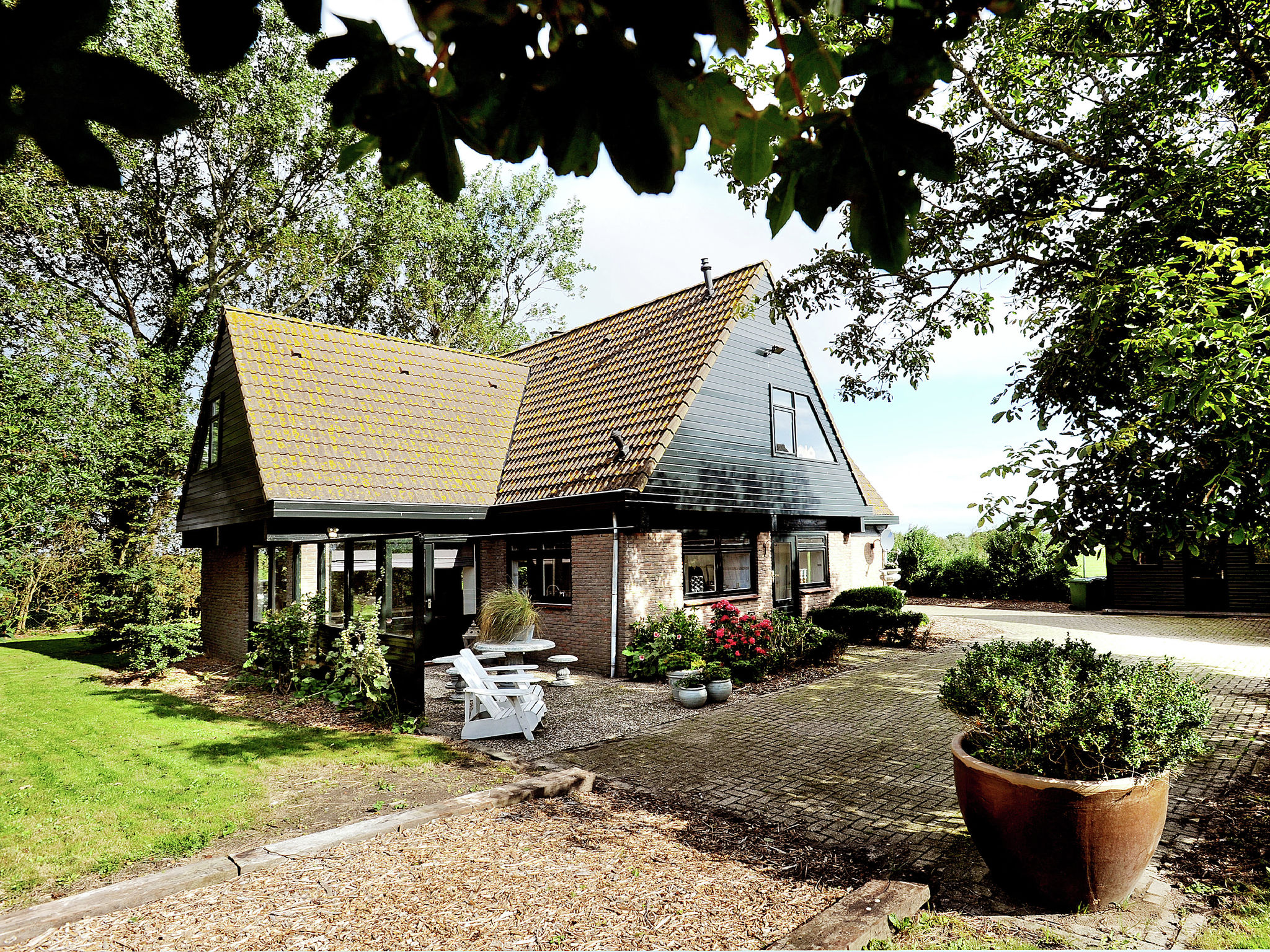 Holland | North Sea Coast North | Holiday home Ons Landhuys | all year | ExteriorSummer