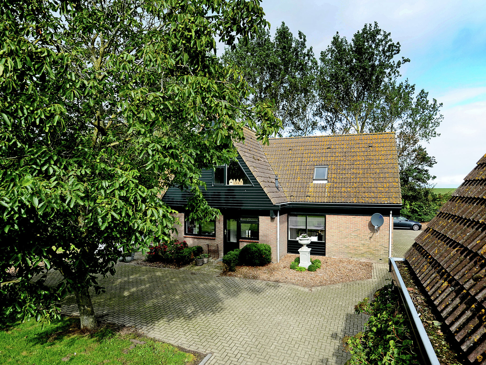 Holland | North Sea Coast North | Holiday home Ons Landhuys | all year | GardenSummer