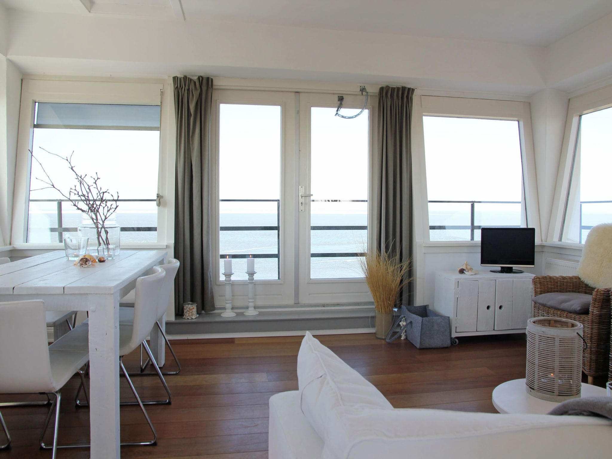 Holland | North Sea Coast North | Holiday home De Kustwachttoren Family | all year | LivingRoom