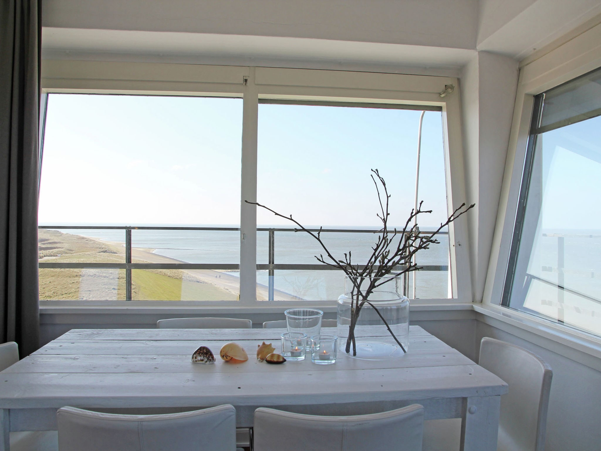 Holland | North Sea Coast North | Holiday home De Kustwachttoren Family | all year | DiningRoom