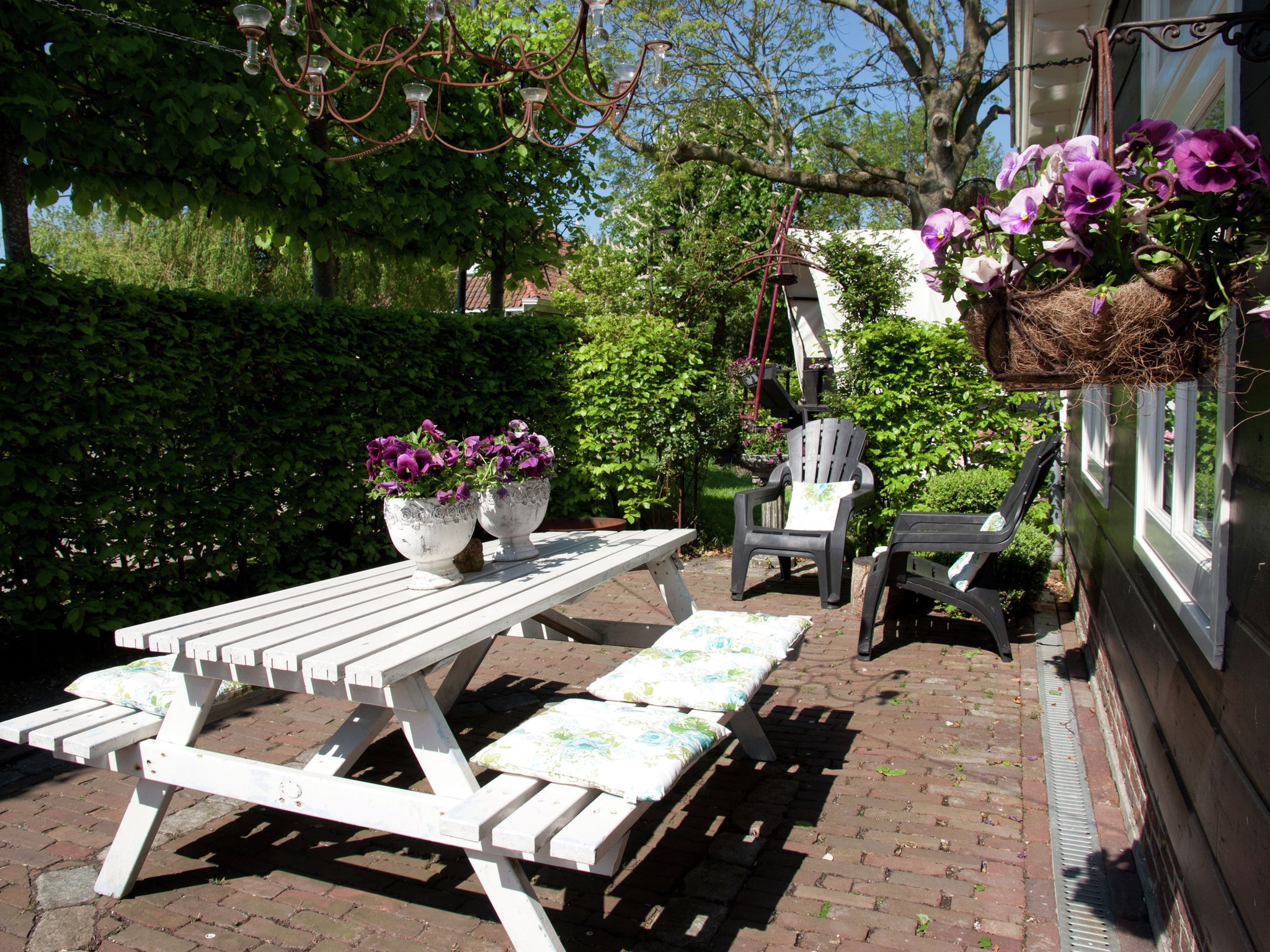 Holland | North Sea Coast North | Holiday home De Woude | all year | TerraceBalcony