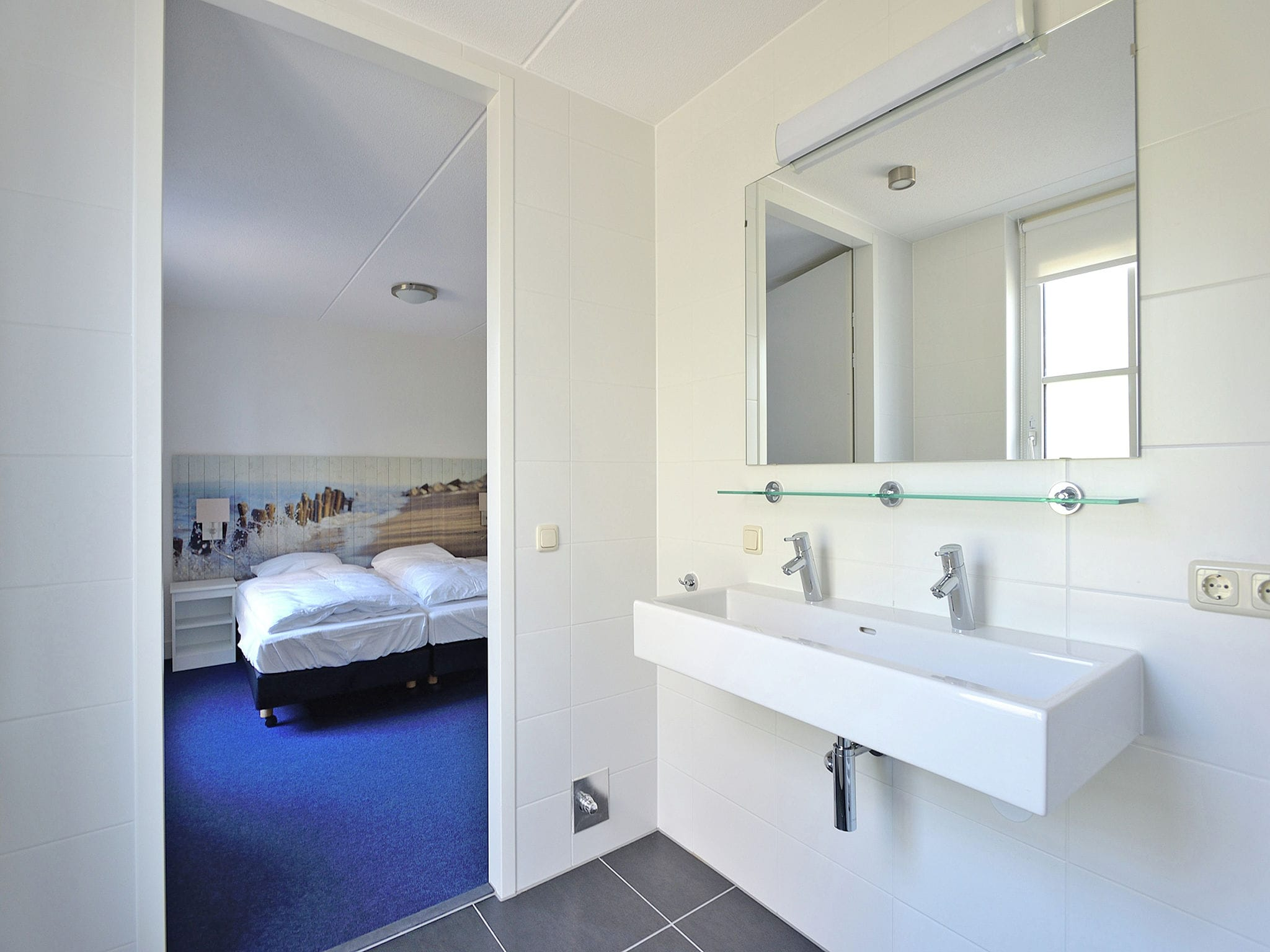 Holland | North Sea Coast South | Holiday home De Raaf van Noordwijk 6p | all year | BathRoom
