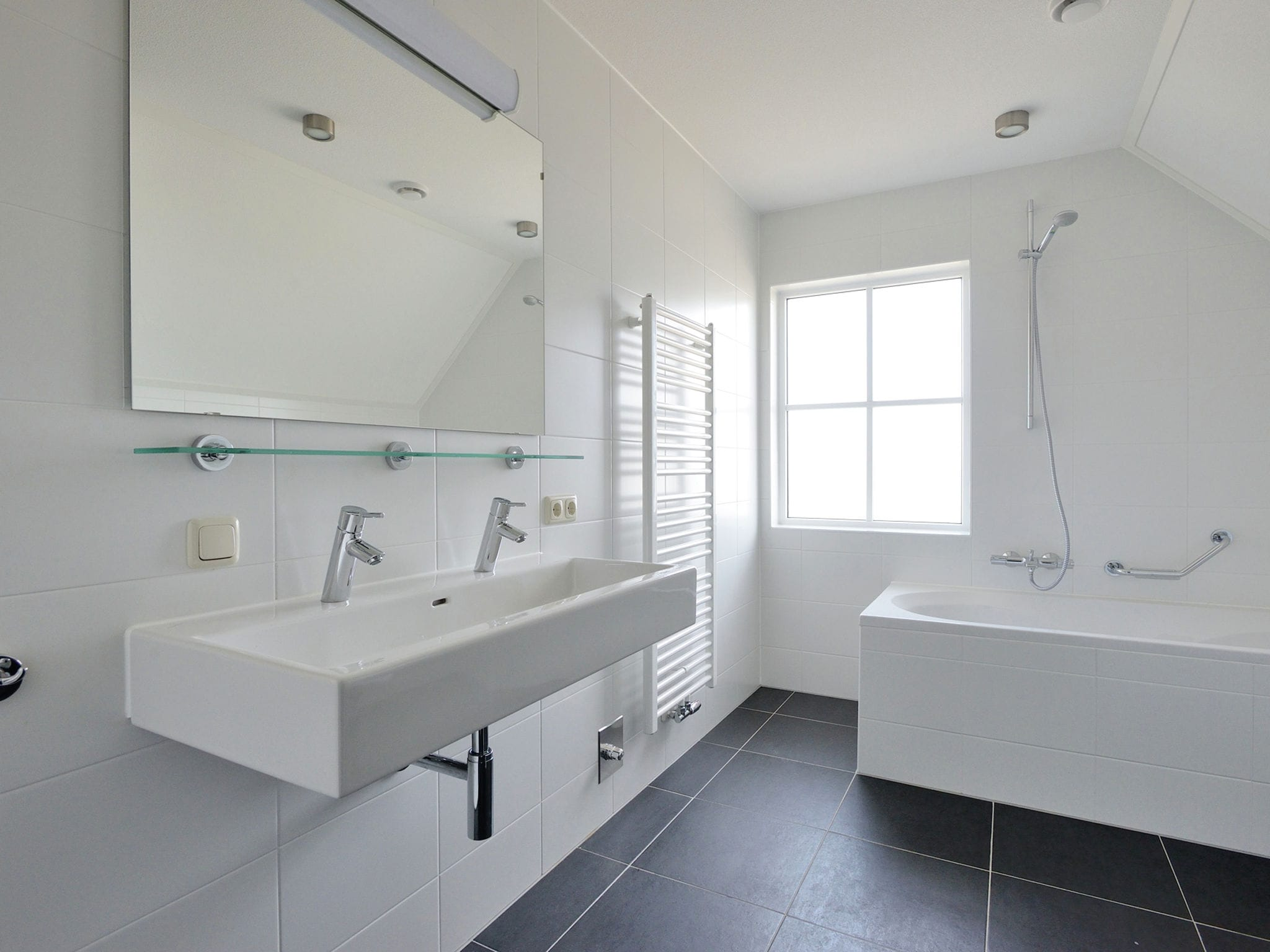 Holland | North Sea Coast South | Holiday home De Raaf van Noordwijk 8p | all year | BathRoom