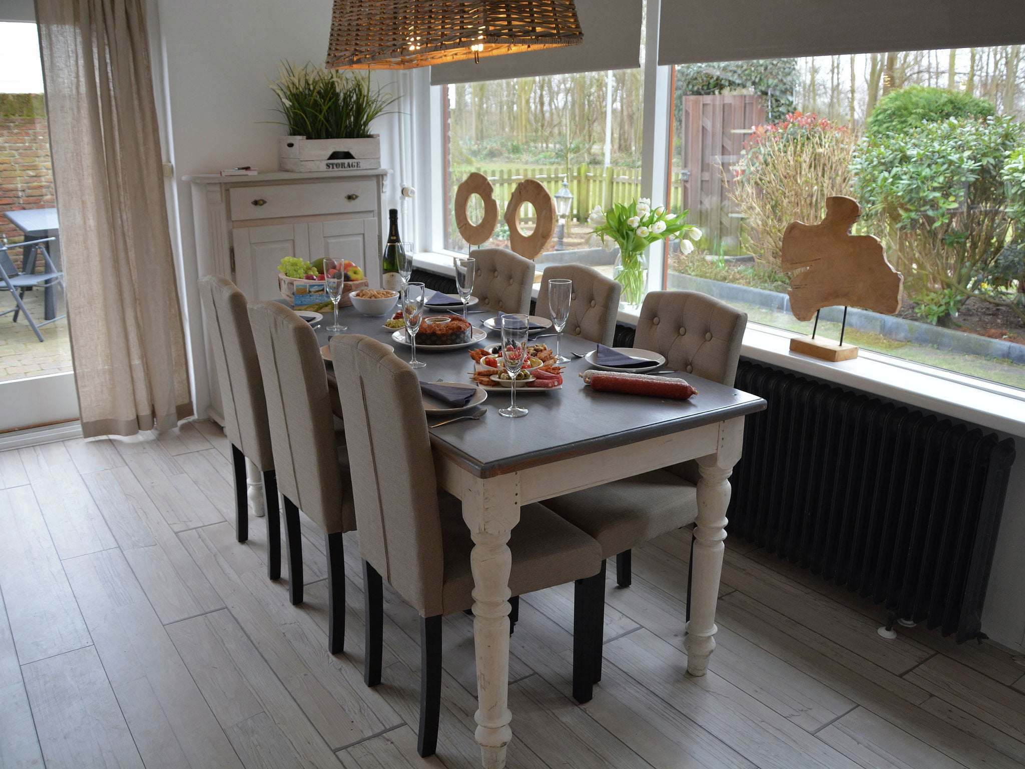 Holland | North Sea Coast South | Holiday home Strandlopertje | all year | DiningRoom