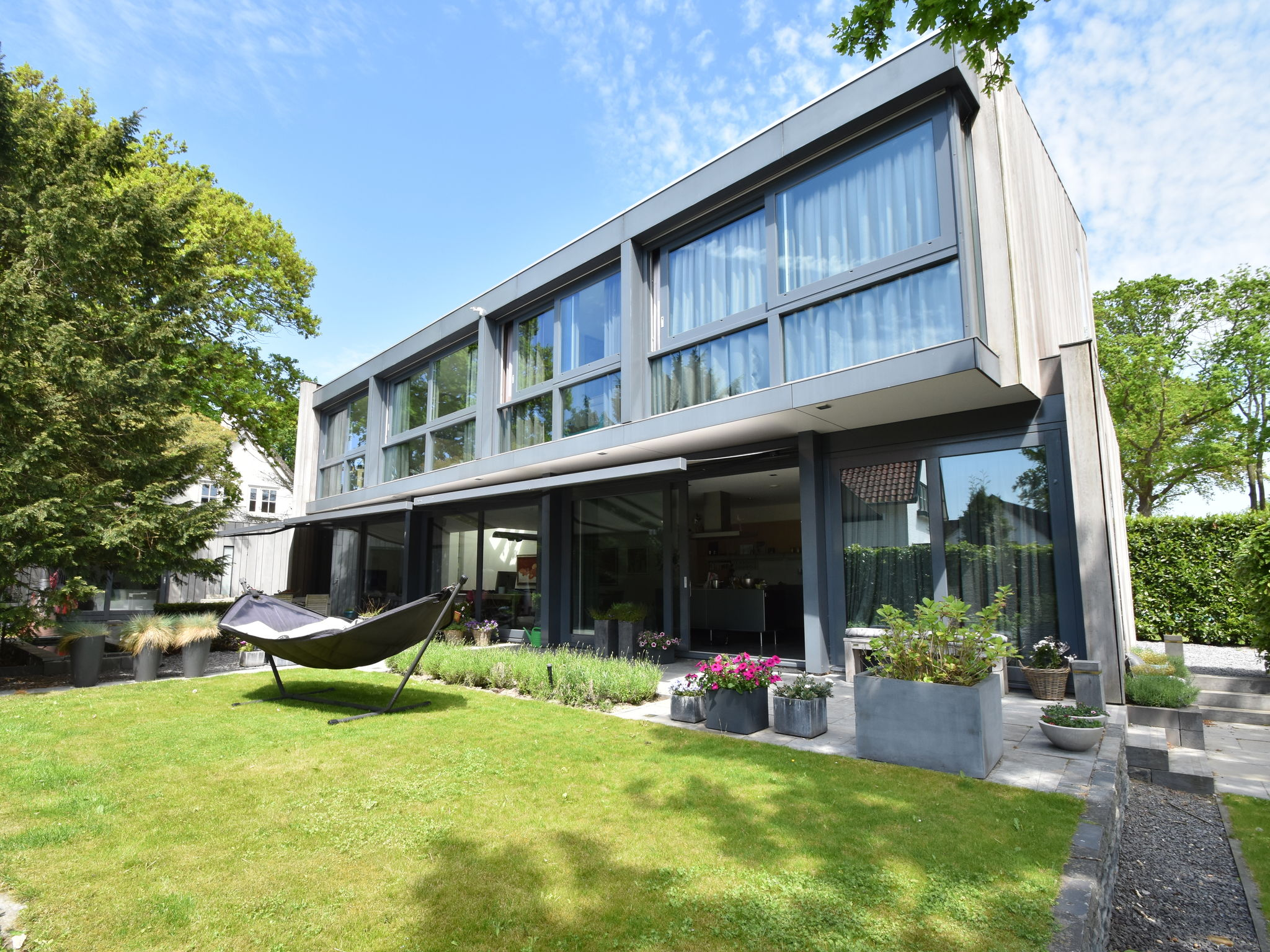 Holland | North Sea Coast North | Holiday home Modern Bergen | all year | ExteriorSummer