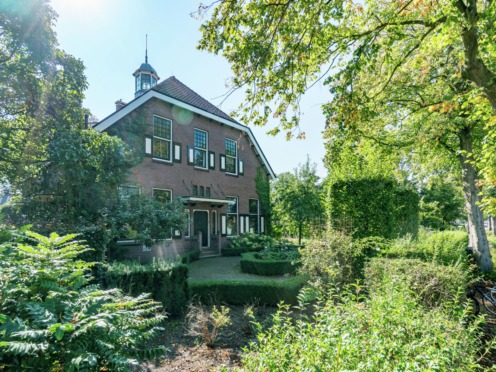Holland | Friesland | Holiday home Friese Staete | all year | ExteriorSummer