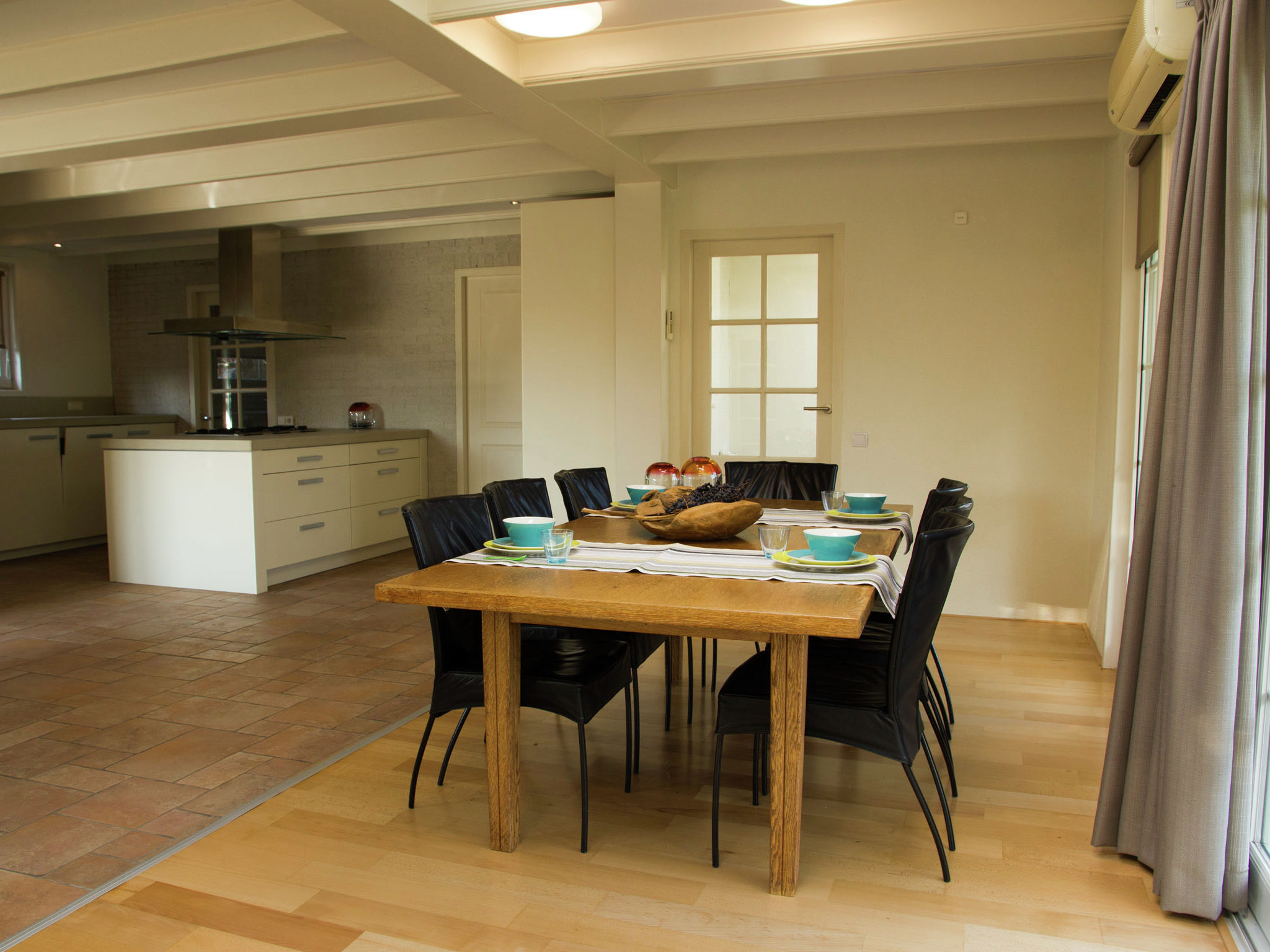 Holland | North Sea Coast South | Holiday home Het Dijkhuys | all year | DiningRoom