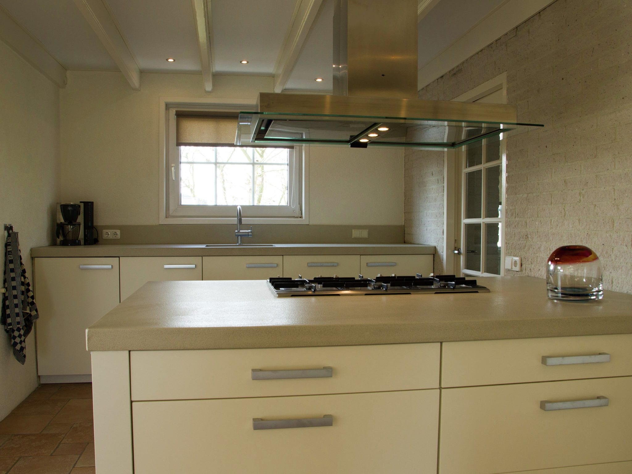 Holland | North Sea Coast South | Holiday home Het Dijkhuys | all year | Kitchen