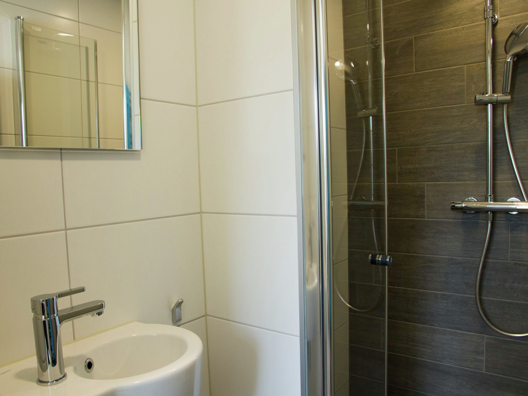Holland | North Sea Coast South | Holiday home Het Dijkhuys | all year | BathRoom