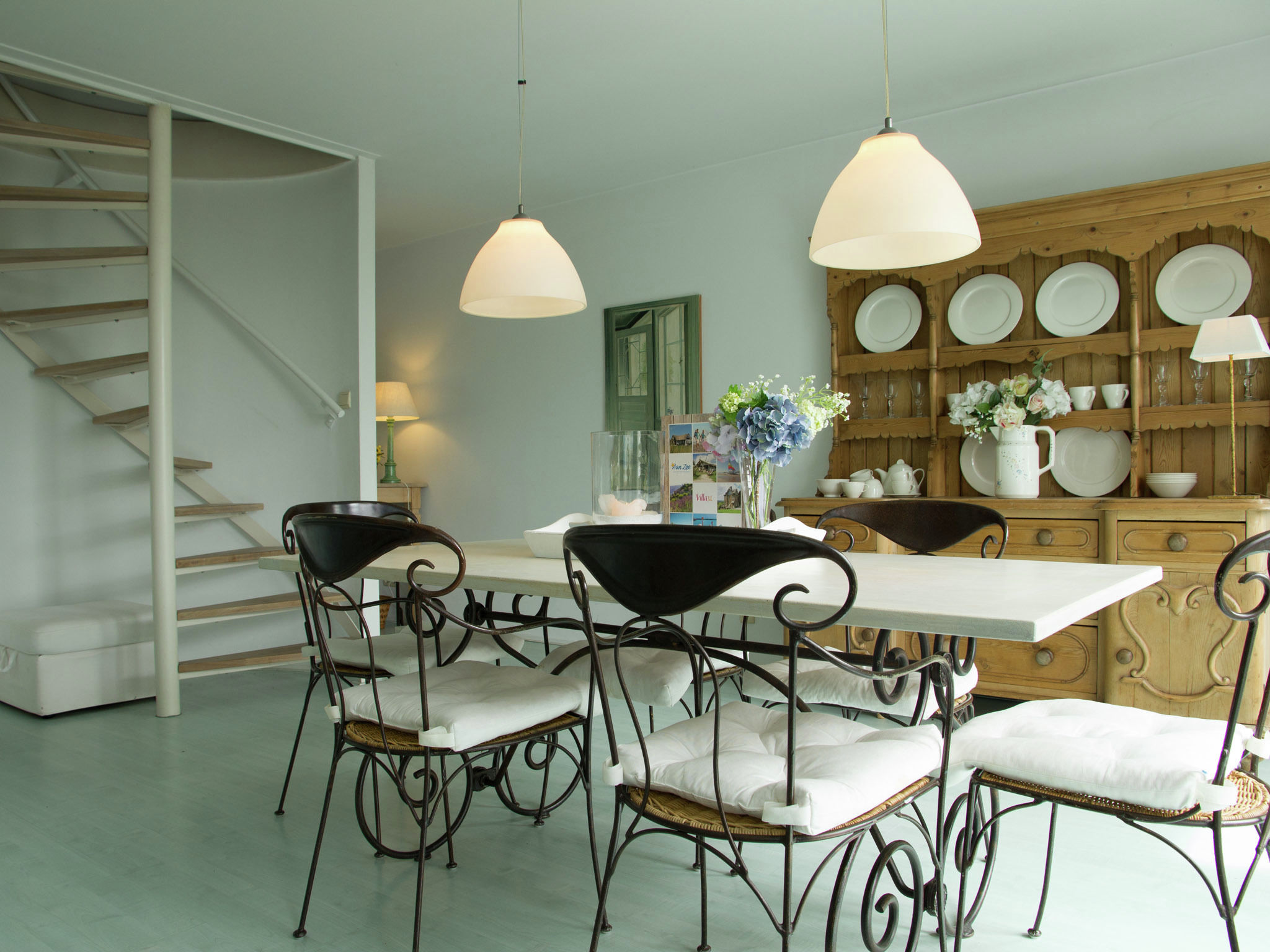 Holland | Zeeland | Holiday home 't Schippershuys | all year | DiningRoom