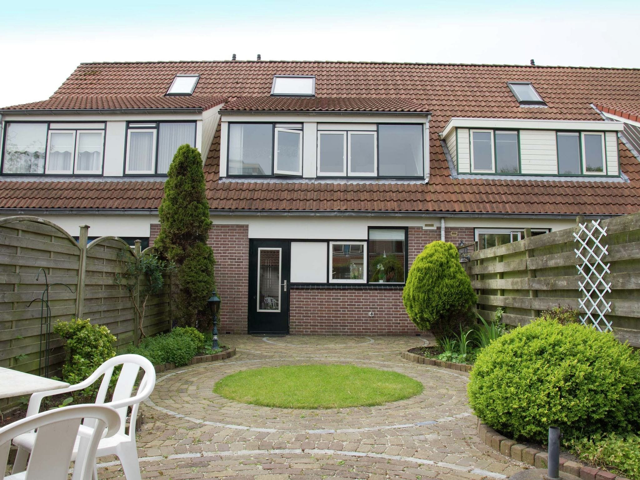 Holland | North Sea Coast North | Holiday home Bij 't Bruggetje | all year | GardenSummer