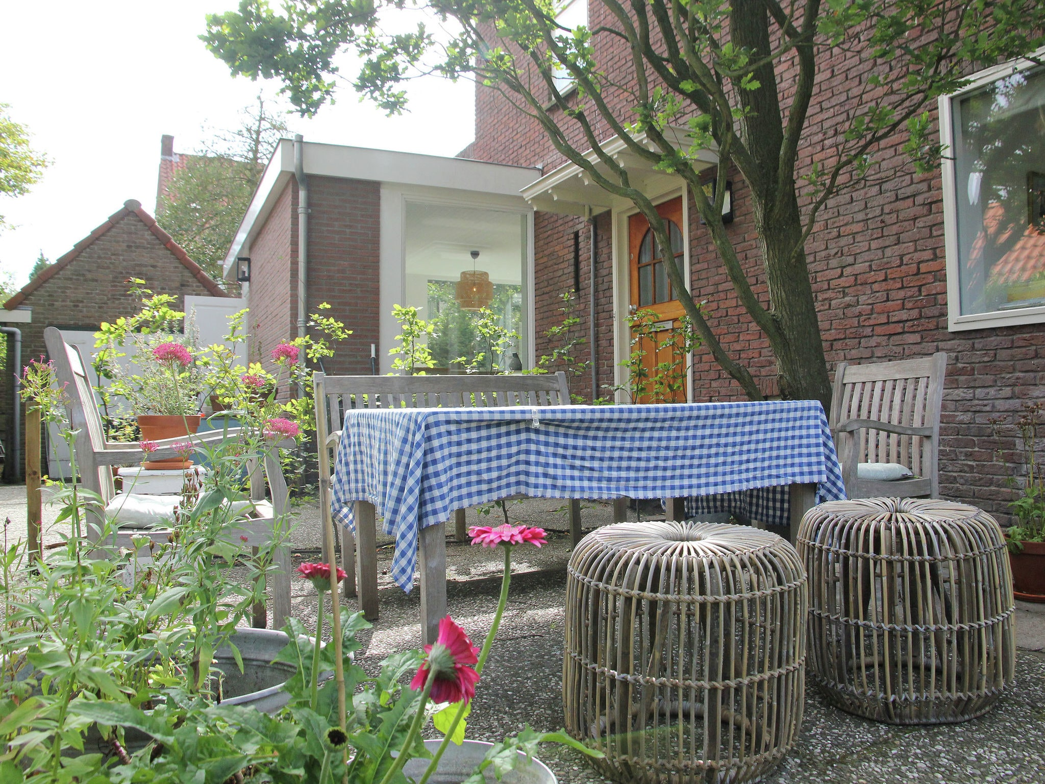 Holland | North Sea Coast North | Holiday home Sfeervol Overveen | all year | GardenSummer