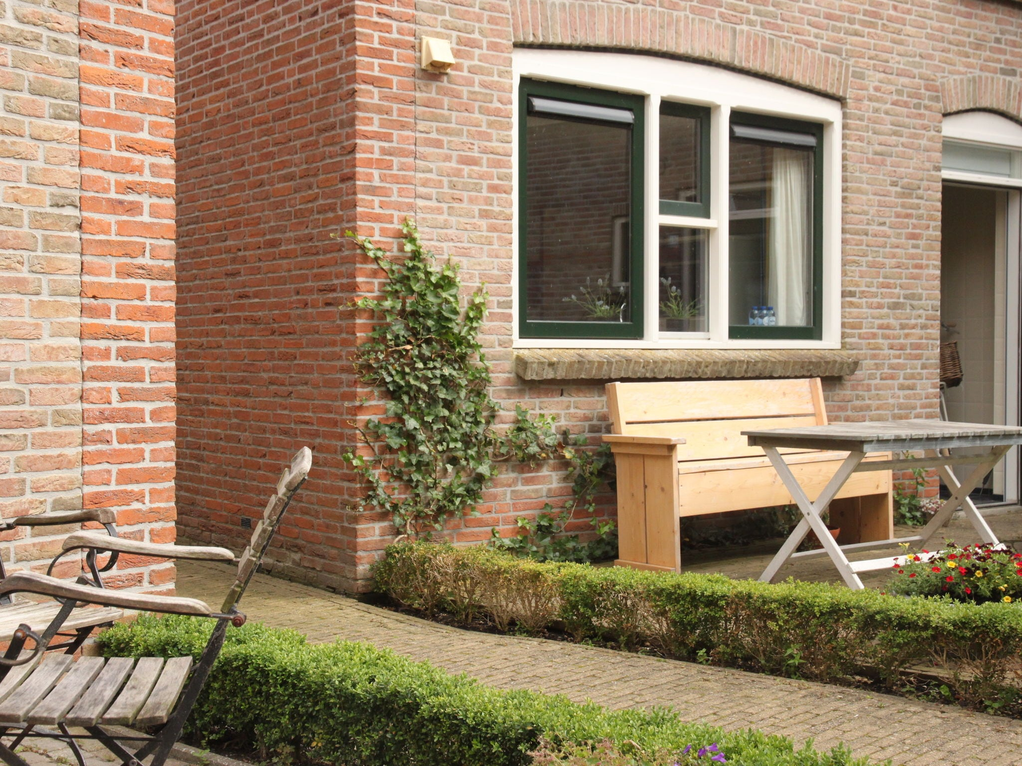 Holland | Friesland | Holiday home 't Friese Water | all year | GardenSummer