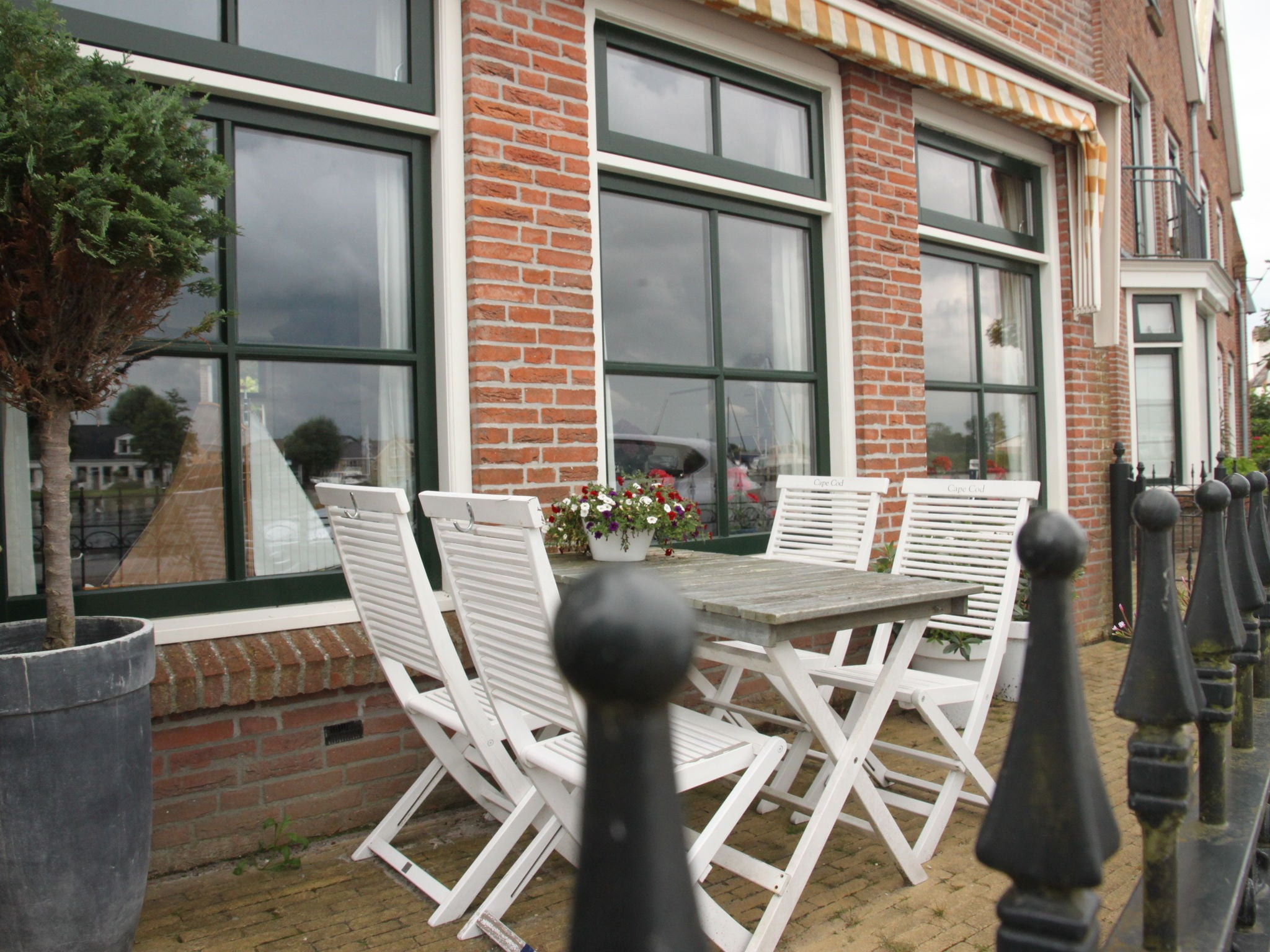 Holland | Friesland | Holiday home 't Friese Water | all year | TerraceBalcony