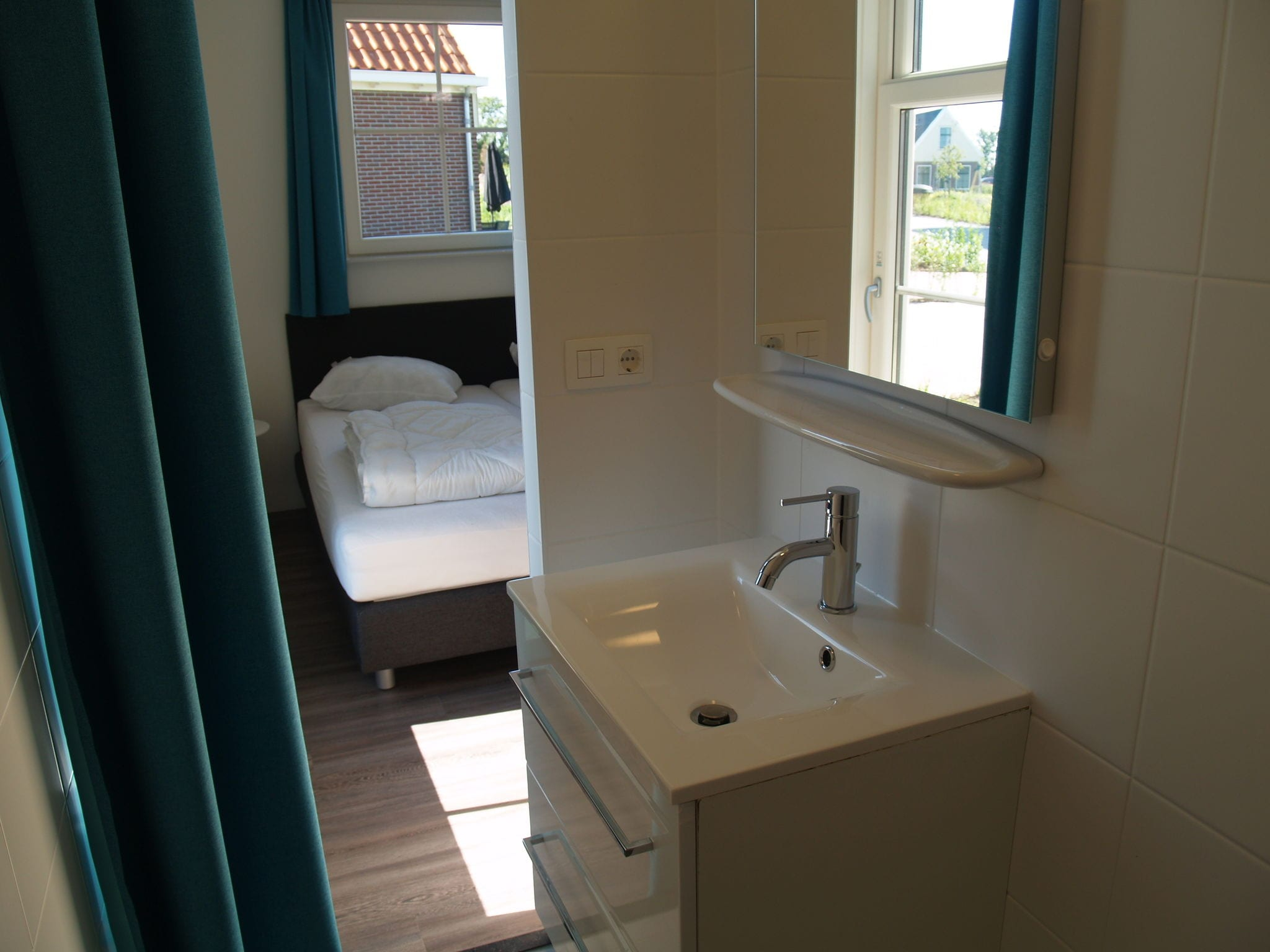 Holland | North Sea Coast North | Holiday home Resort Poort van Amsterdam | all year | BathRoom