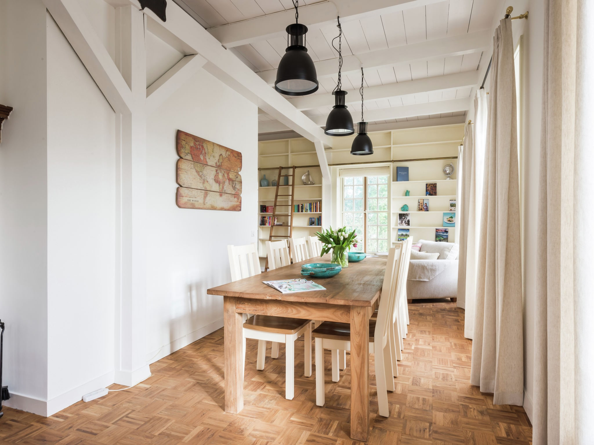 Holland | North Sea Coast South | Holiday home The Orangerie | all year | DiningRoom