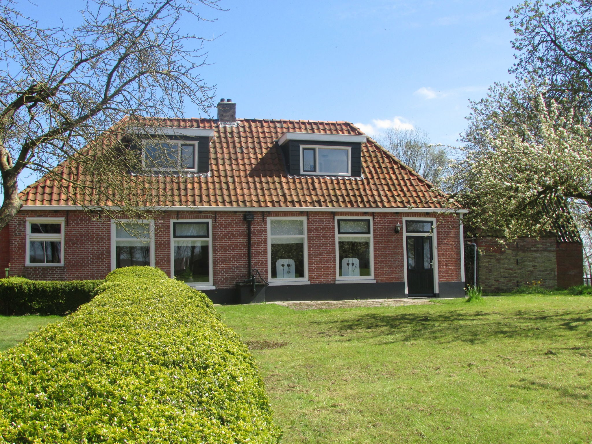Holland | Friesland | Holiday home Hielsema | all year | ExteriorSummer