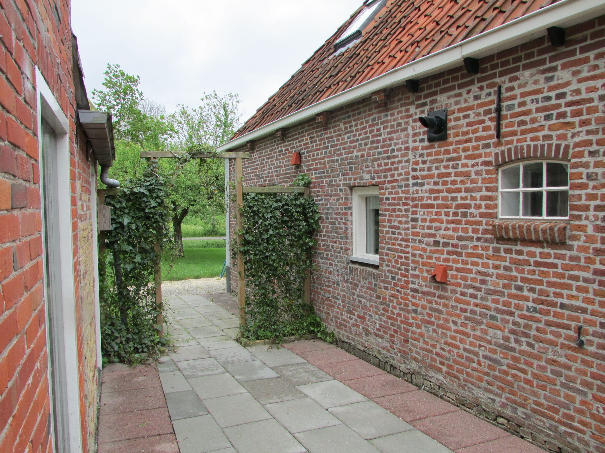 Holland | Friesland | Holiday home Hielsema | all year | GardenSummer