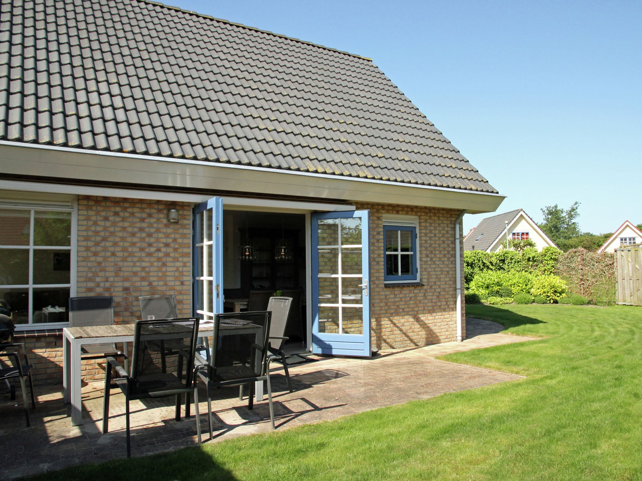 Holland | North Sea Coast North | Holiday home Villa Jean | all year | GardenSummer
