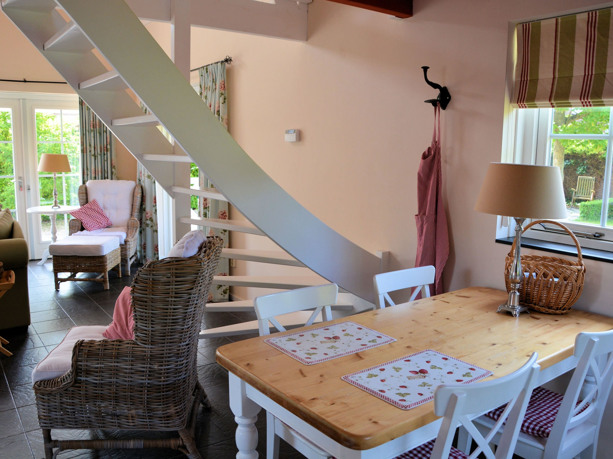 Holland | North Sea Coast South | Holiday home Searose | all year | DiningRoom